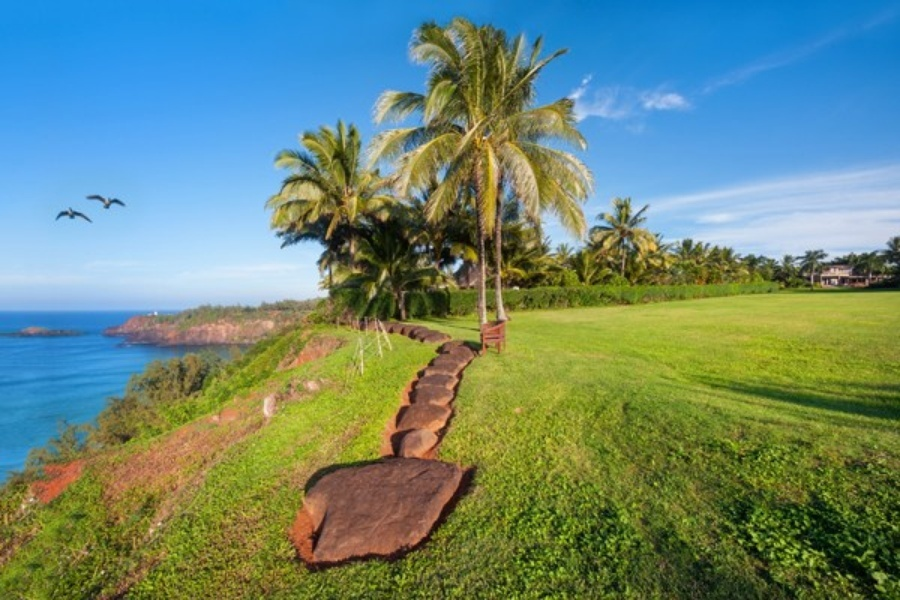 For Sale: Hawaiian Getaway Built for Kareem Abdul-Jabbar