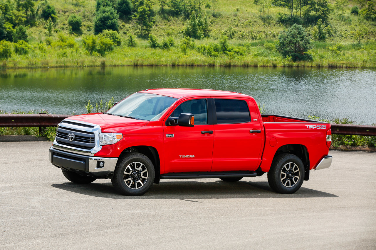 2015 toyota tundra photo gallery autoblog. Black Bedroom Furniture Sets. Home Design Ideas