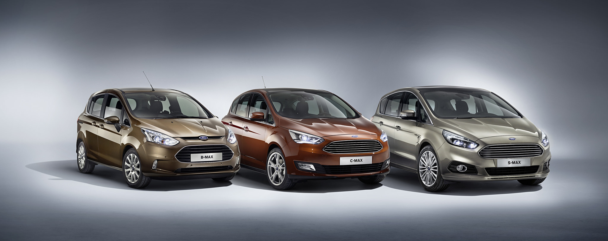 2014 - [Ford] C-Max Restylé - Page 4 Ford-c-max-2015-2-1