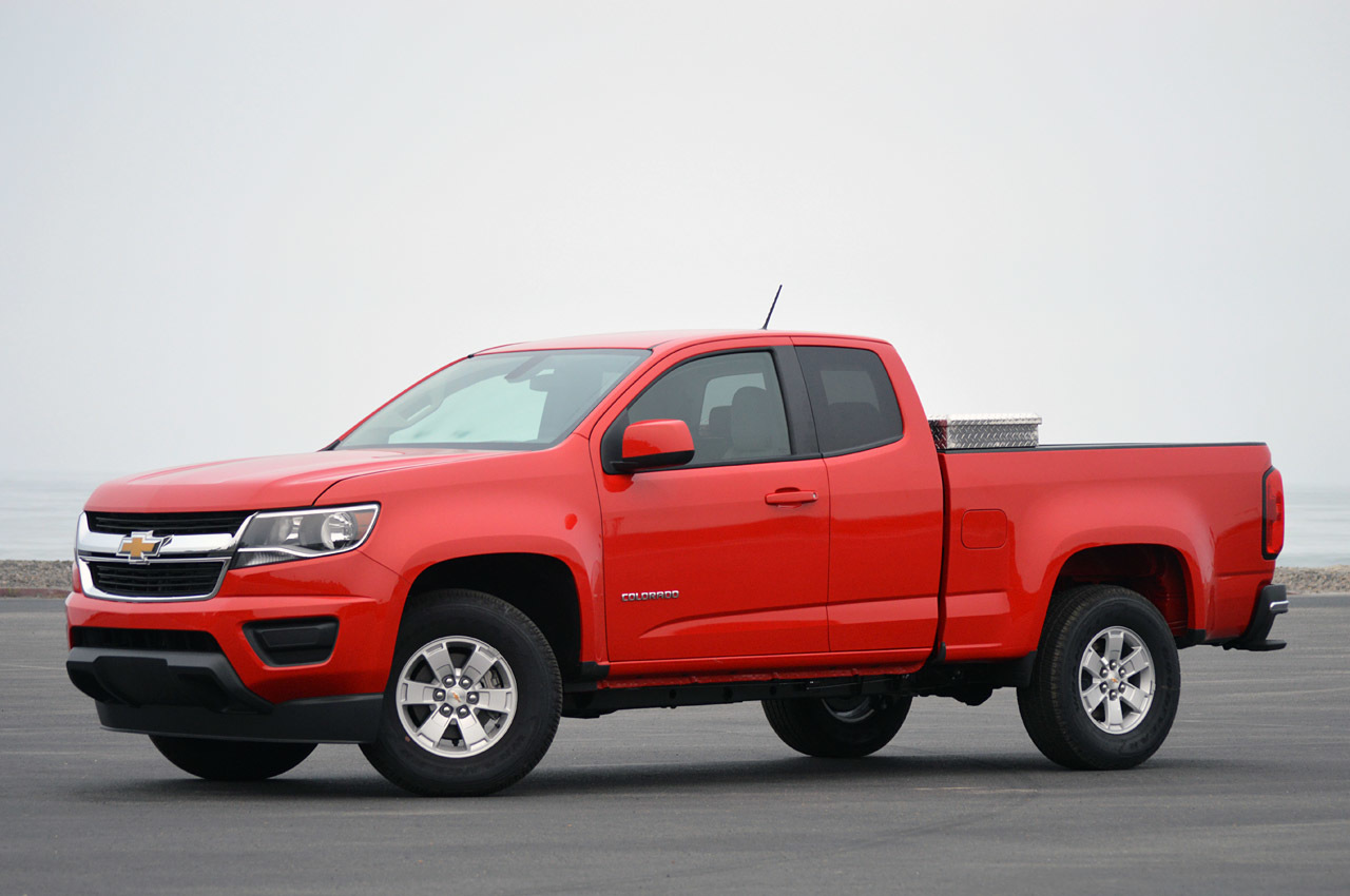 2015 chevrolet colorado first drive photo gallery autoblog. Black Bedroom Furniture Sets. Home Design Ideas