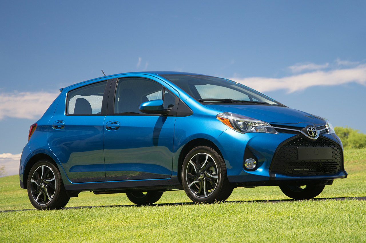 2015 toyota yaris first drive photo gallery autoblog. Black Bedroom Furniture Sets. Home Design Ideas