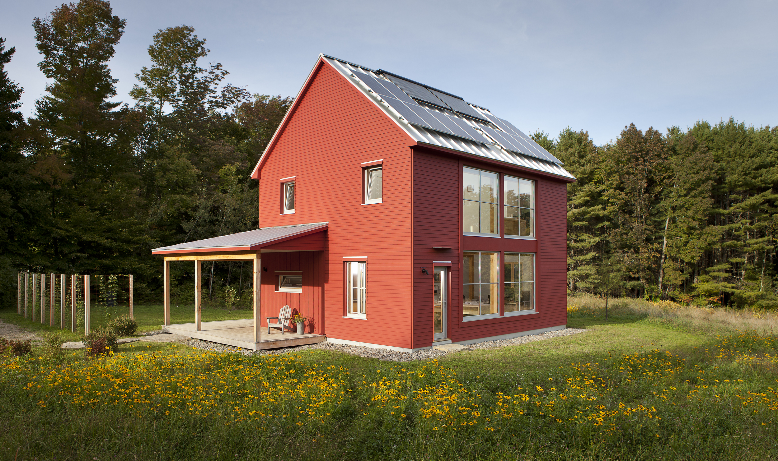 The 39 passive house 39 path to extreme energy efficiency for Passive solar prefab homes