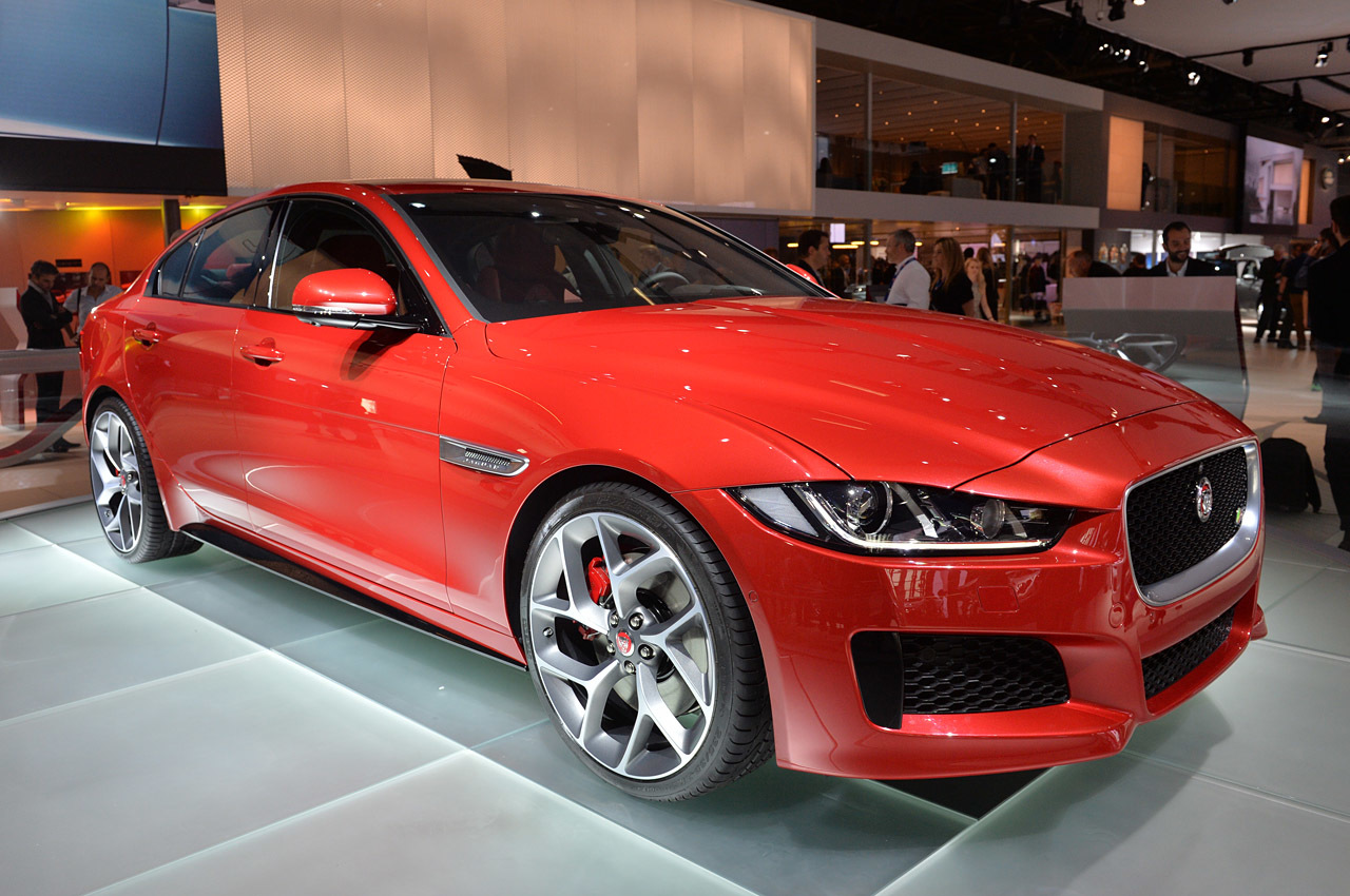 2016 jaguar xe paris 2014 photo gallery autoblog. Black Bedroom Furniture Sets. Home Design Ideas
