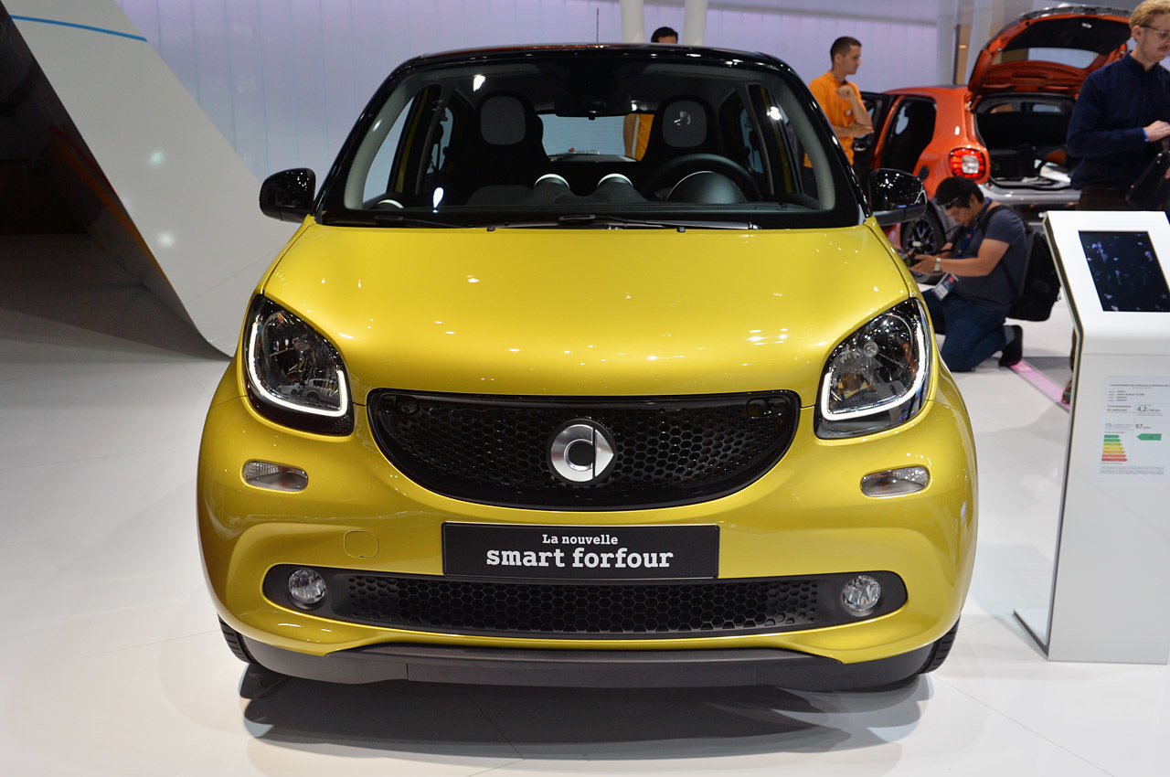2016 smart forfour paris 2014 photo gallery autoblog. Black Bedroom Furniture Sets. Home Design Ideas