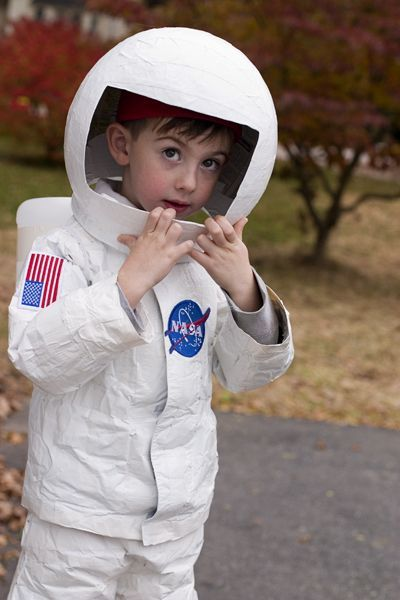 quick homemade astronaut costume - photo #7