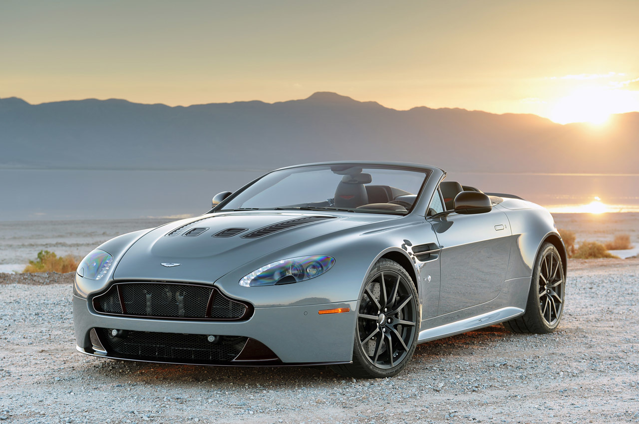 2015 aston martin v12 vantage s roadster quick spin photo gallery. Black Bedroom Furniture Sets. Home Design Ideas