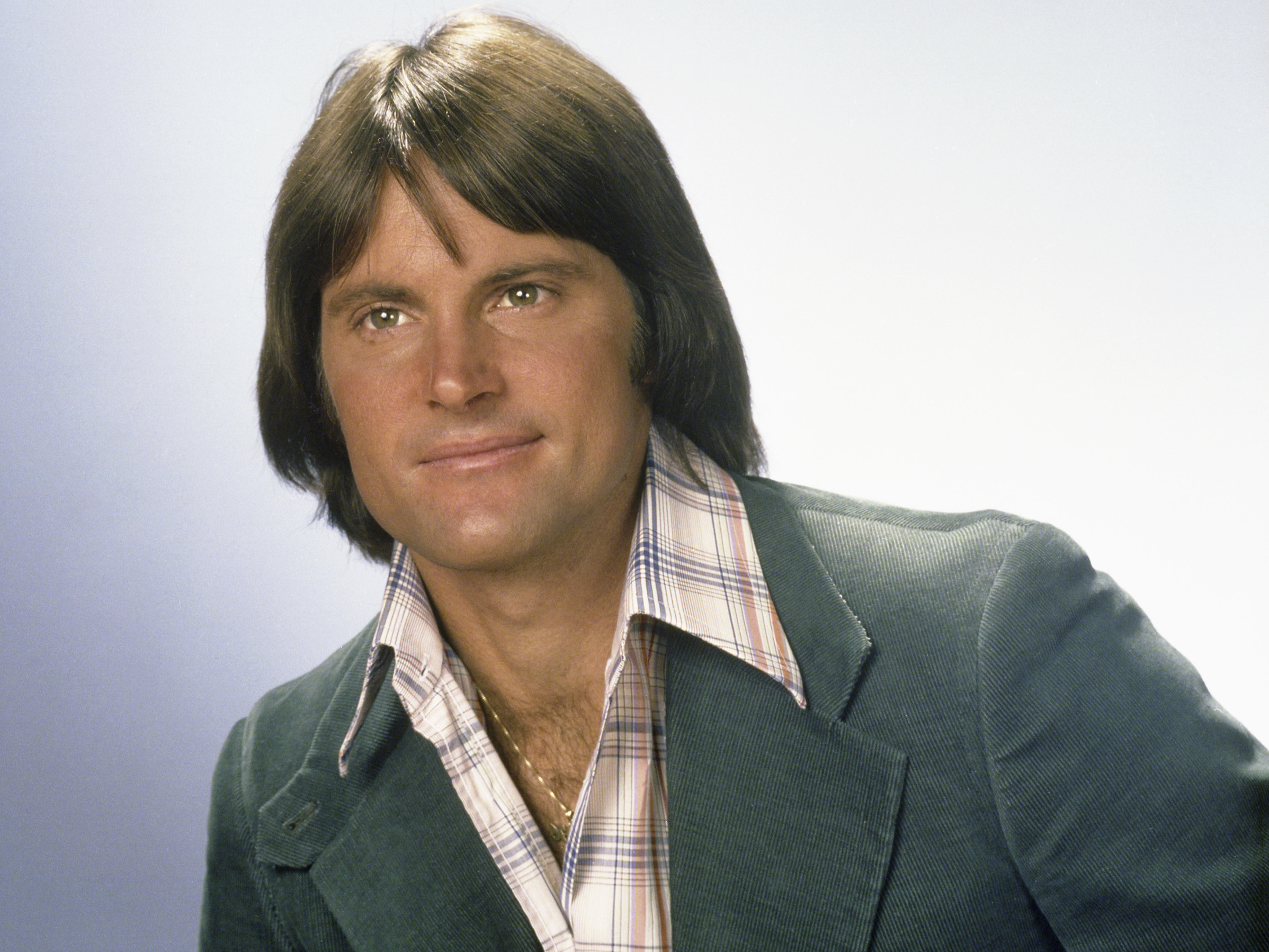 Bruce Jenner comes out as transgender, says 'I am a woman ... Bruce Jenner
