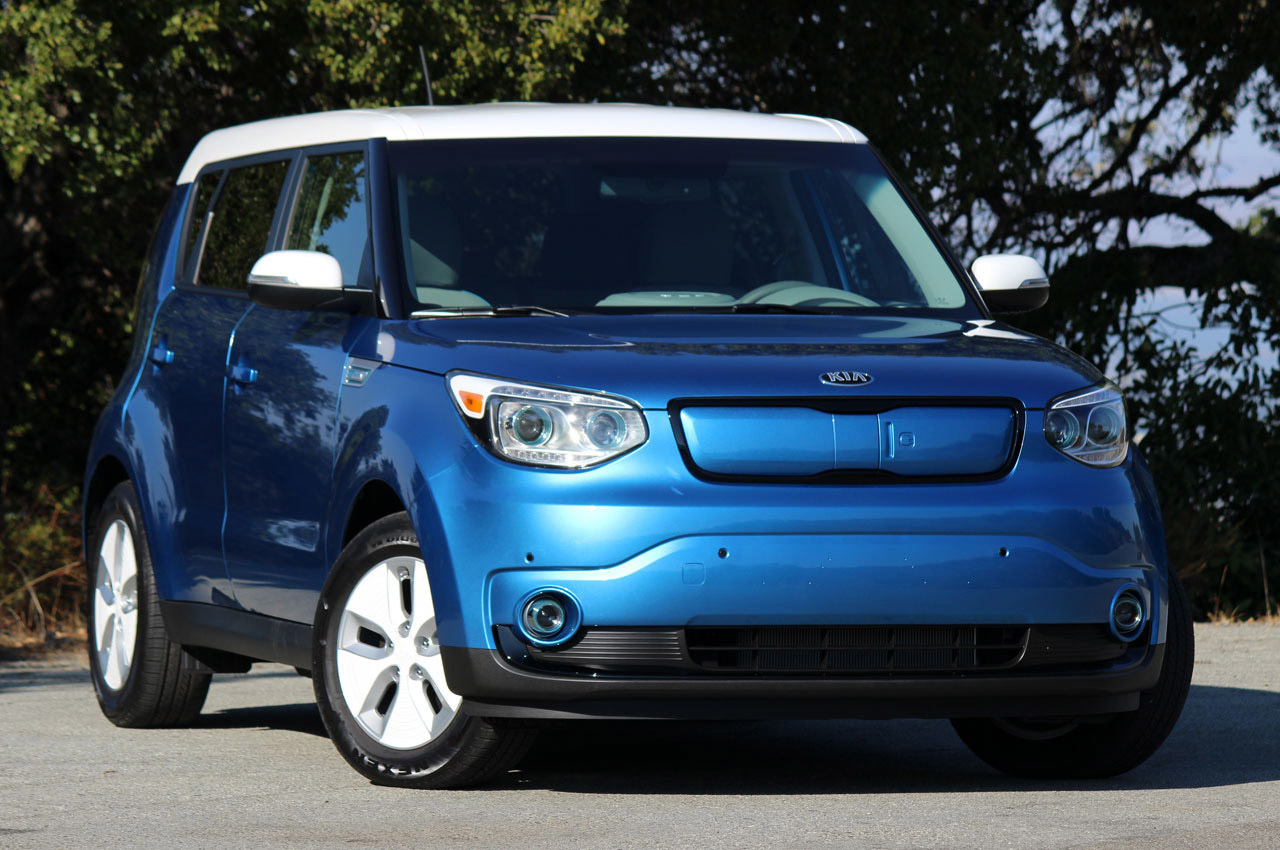 2015 kia soul ev quick spin photo gallery autoblog. Black Bedroom Furniture Sets. Home Design Ideas