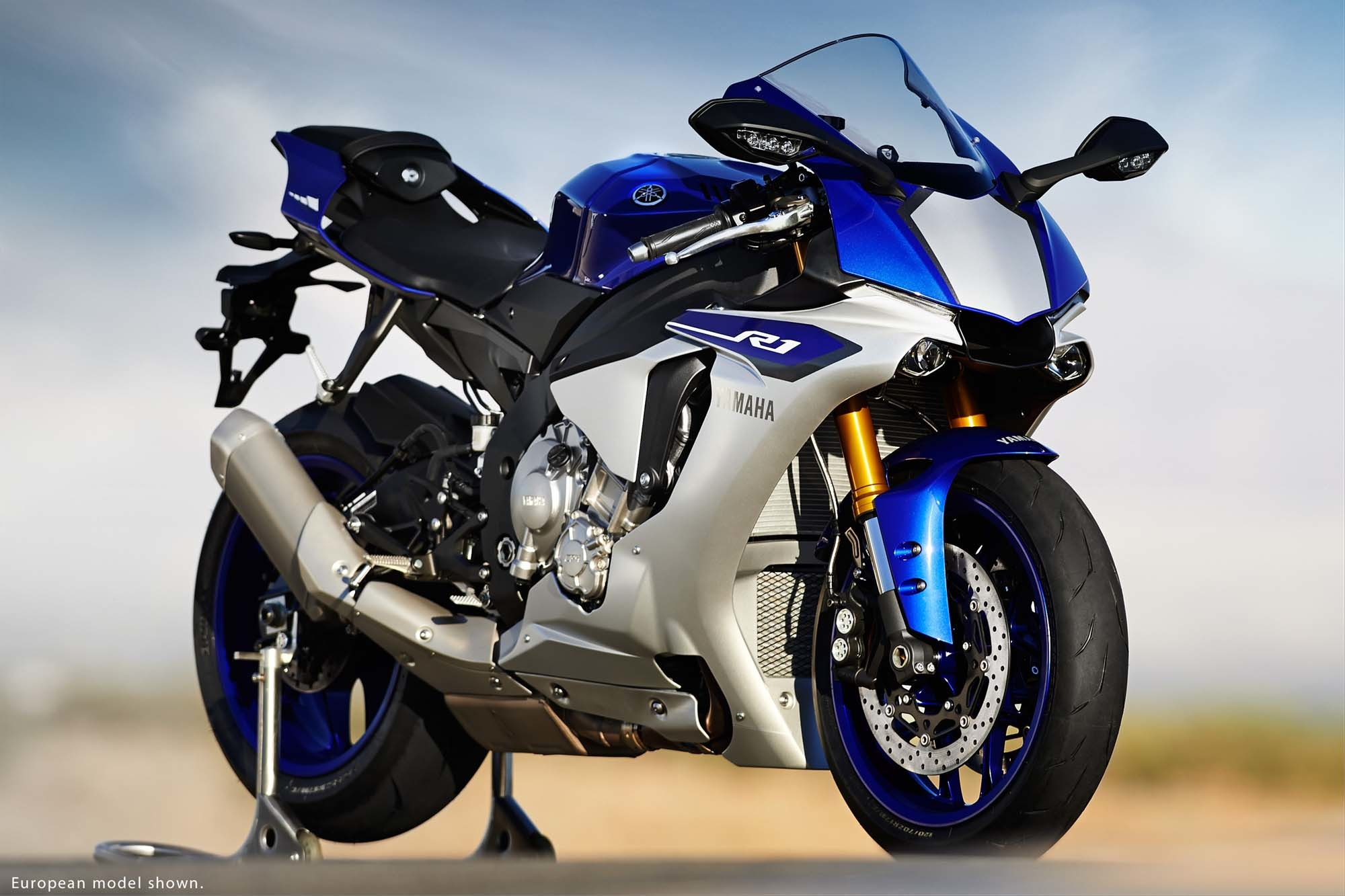 2015 Yamaha YZF-R1 Photo Gallery - Autoblog
