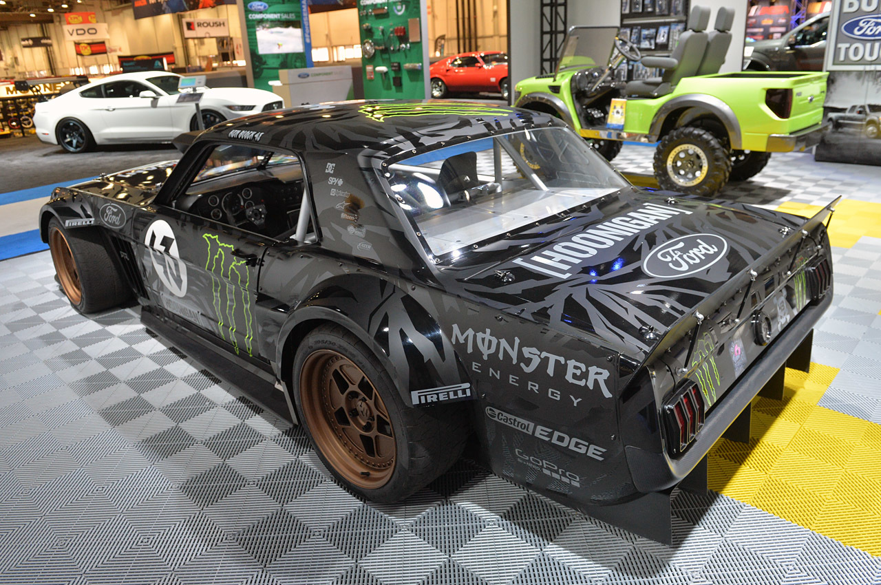 ken block 39 s 1965 ford mustang hoonicorn rtr sema 2014 photo gallery autoblog. Black Bedroom Furniture Sets. Home Design Ideas