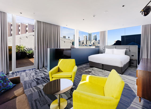 This is the sexiest hotel bedroom in the world mydaily uk for Best boutique hotels sydney