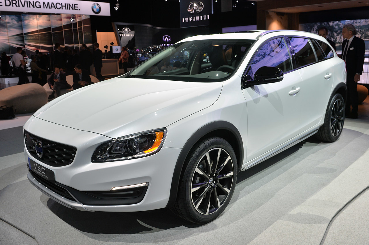 2015 volvo v60 cross country la 2014 photo gallery autoblog. Black Bedroom Furniture Sets. Home Design Ideas