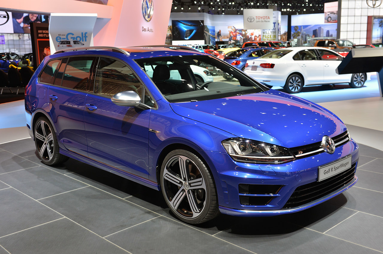 2015 volkswagen golf r variant la 2014 photo gallery autoblog. Black Bedroom Furniture Sets. Home Design Ideas