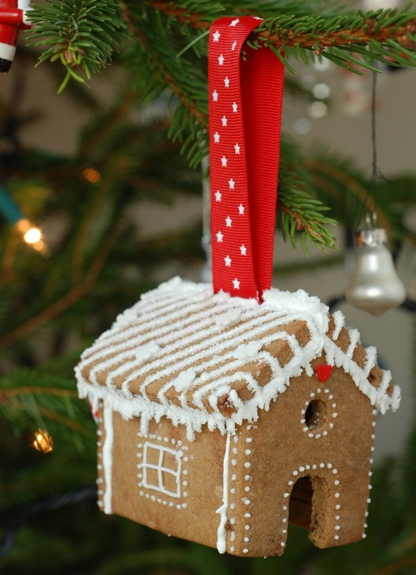 Edible Gingerbread Christmas Tree Decorations : Edible christmas tree ornaments
