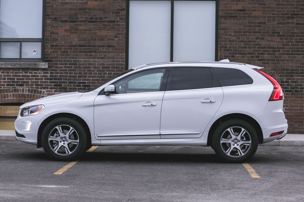 Detail 2015 Volvo Xc60 2015 5 awd 4dr t6 r design platinum Used 15607588 in addition 2014 Volvo Xc60 T6 Platinum Awd together with Volvo Xc60 2015 together with Volvo Xc60 furthermore 2015 Volvo Xc60 Reviews Specs Powertrain. on 2015 volvo xc60 awd t6 r design platinum