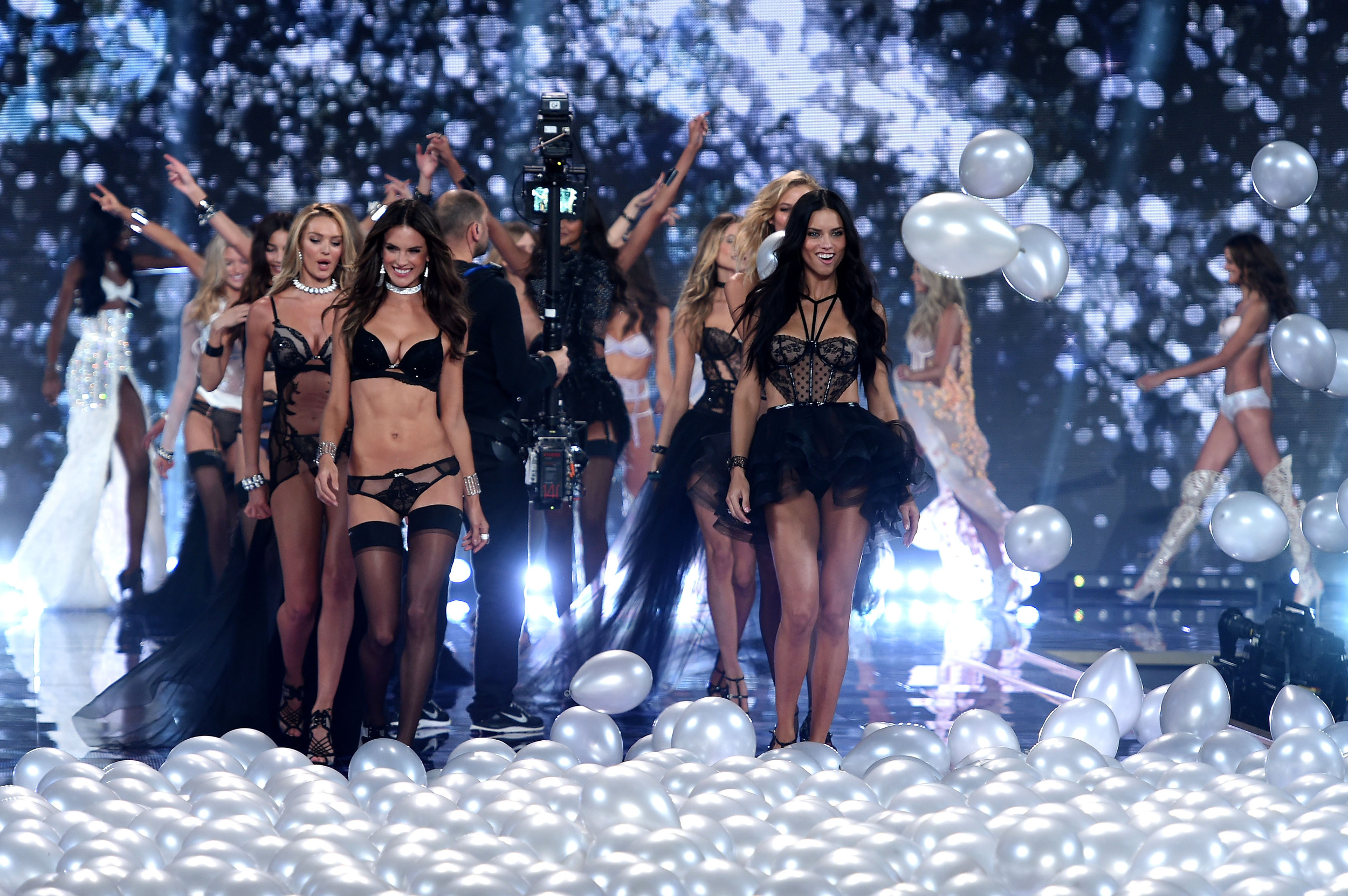 2014 Victoria's Secret Fashion Show Hd Victoria s Secret Fashion
