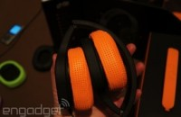 Charge your phone while you jam out on Phaz's headphones
