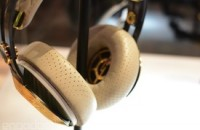 Gibson's Les Paul headphones take design cues from the iconic guitar