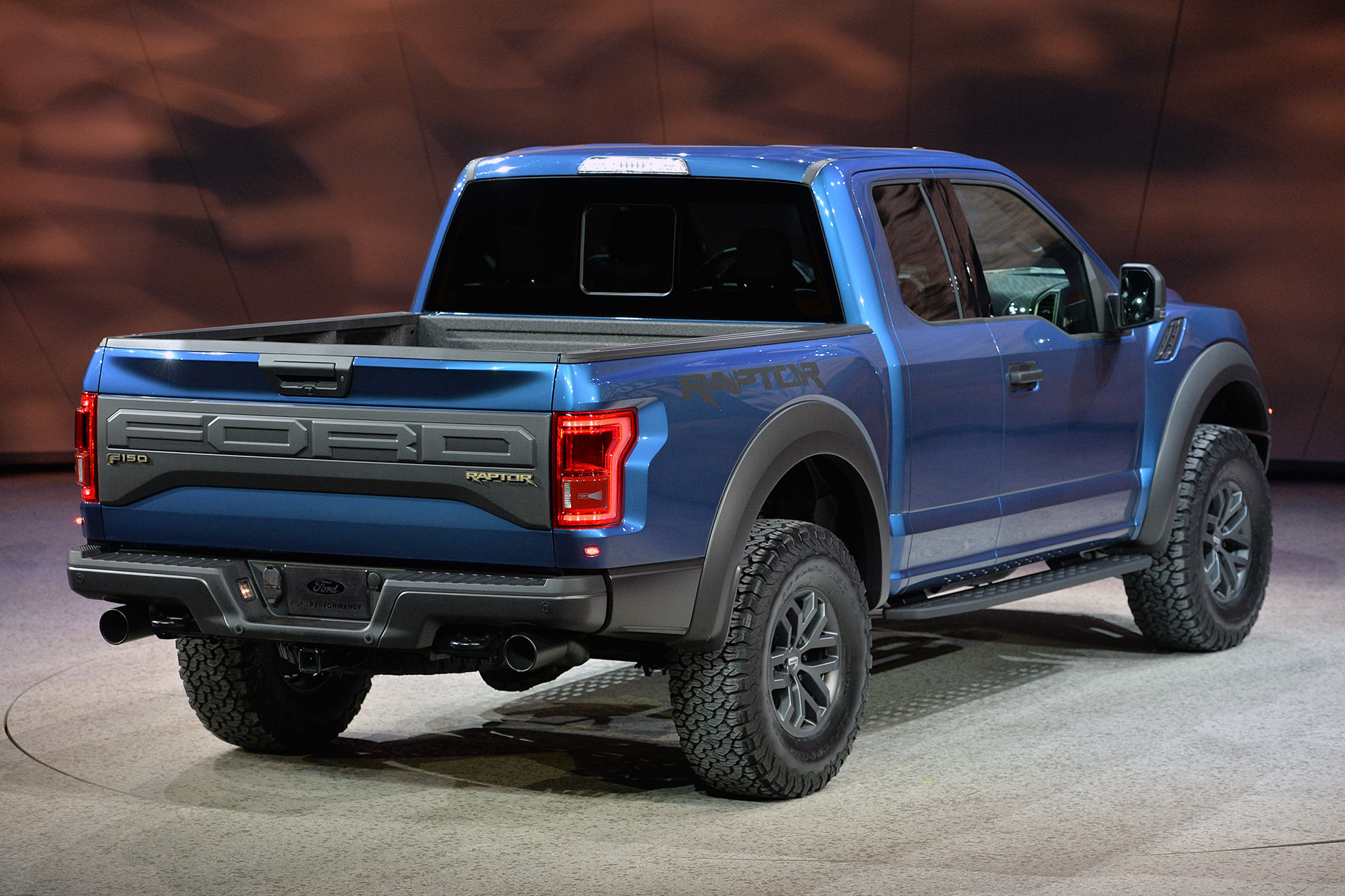 you all are haters if you think the F150 is ugly that truck is bad