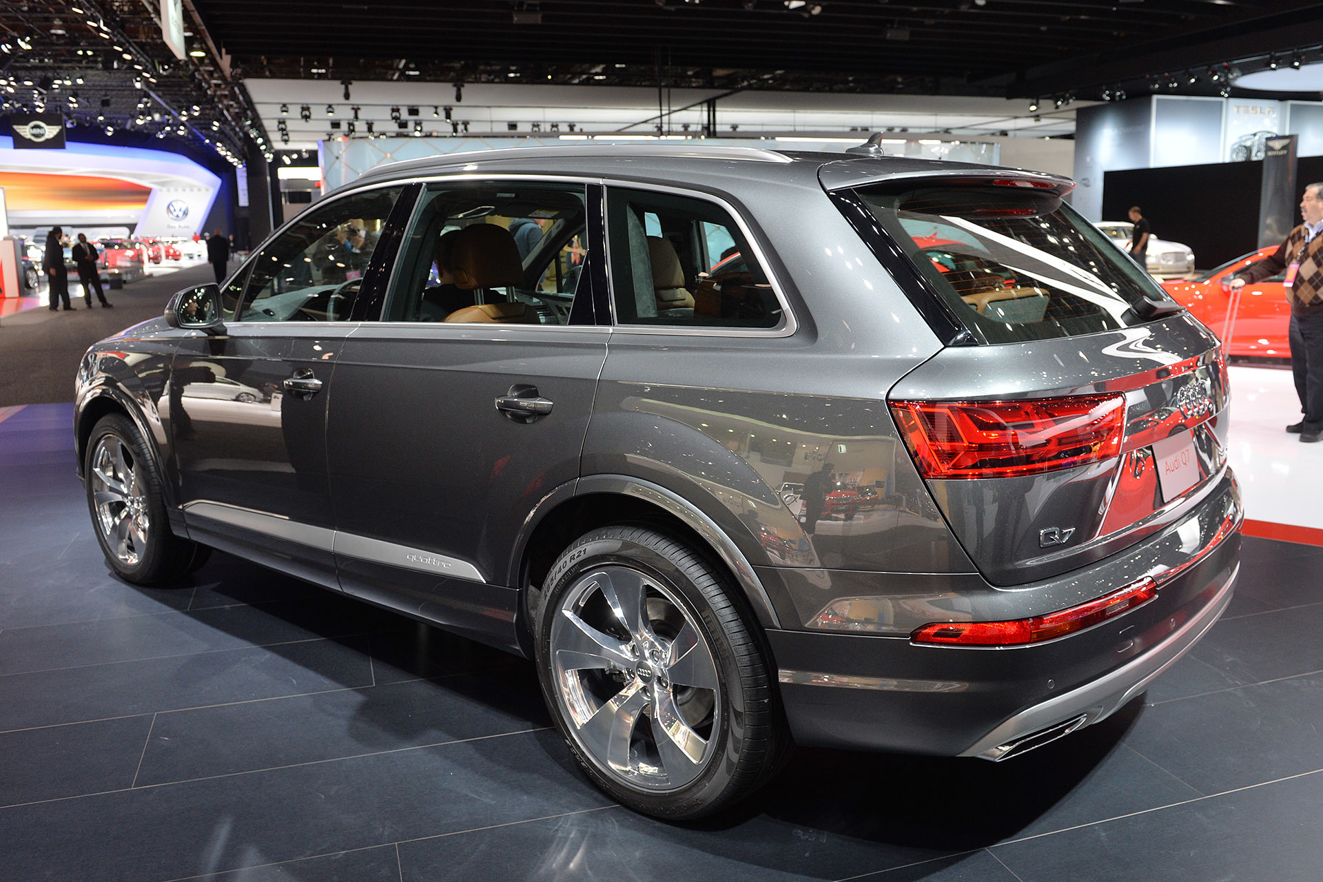 2016 audi q7 detroit 2015 photo gallery autoblog. Black Bedroom Furniture Sets. Home Design Ideas