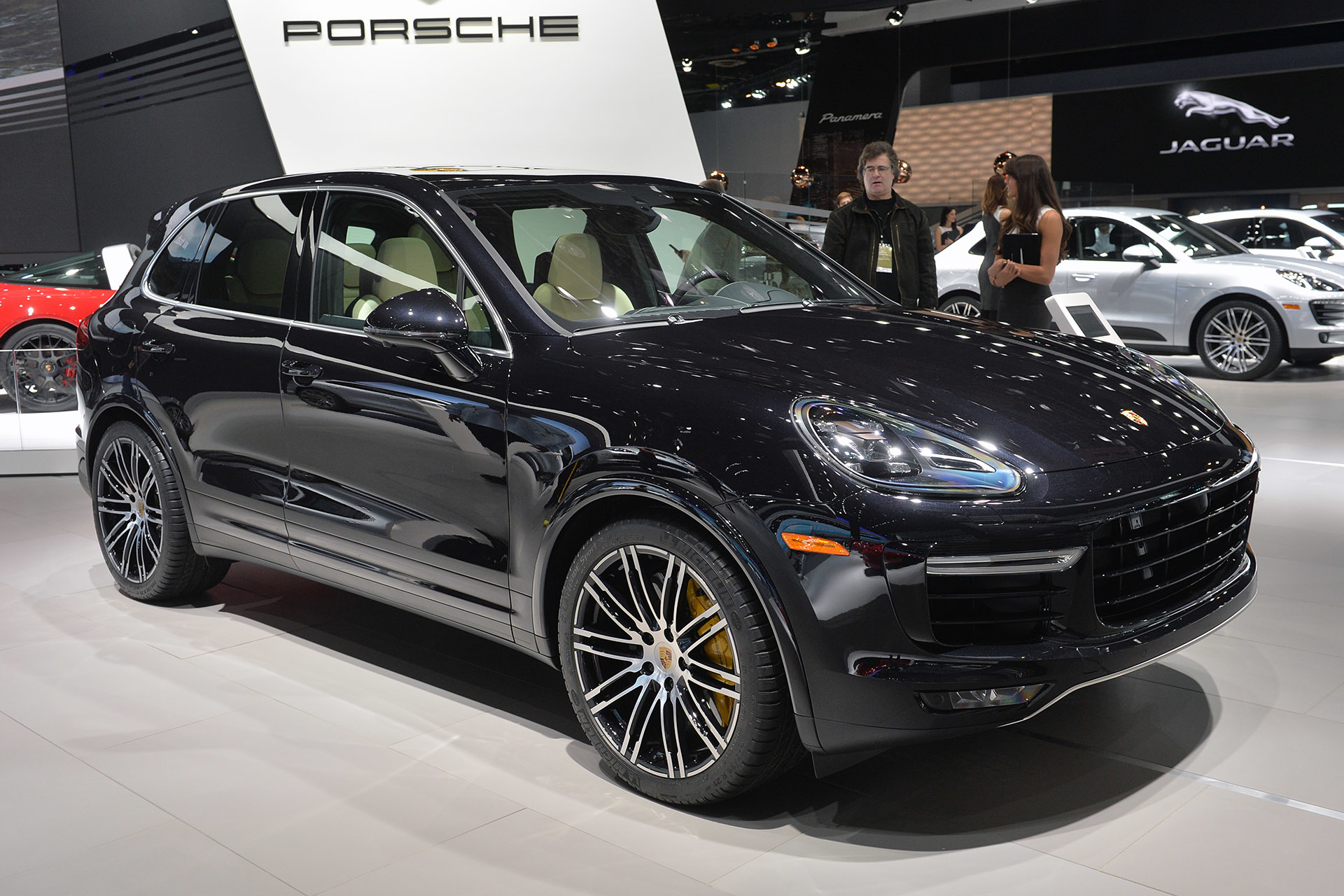 2015 porsche cayenne turbo s detroit 2015 photo gallery autoblog