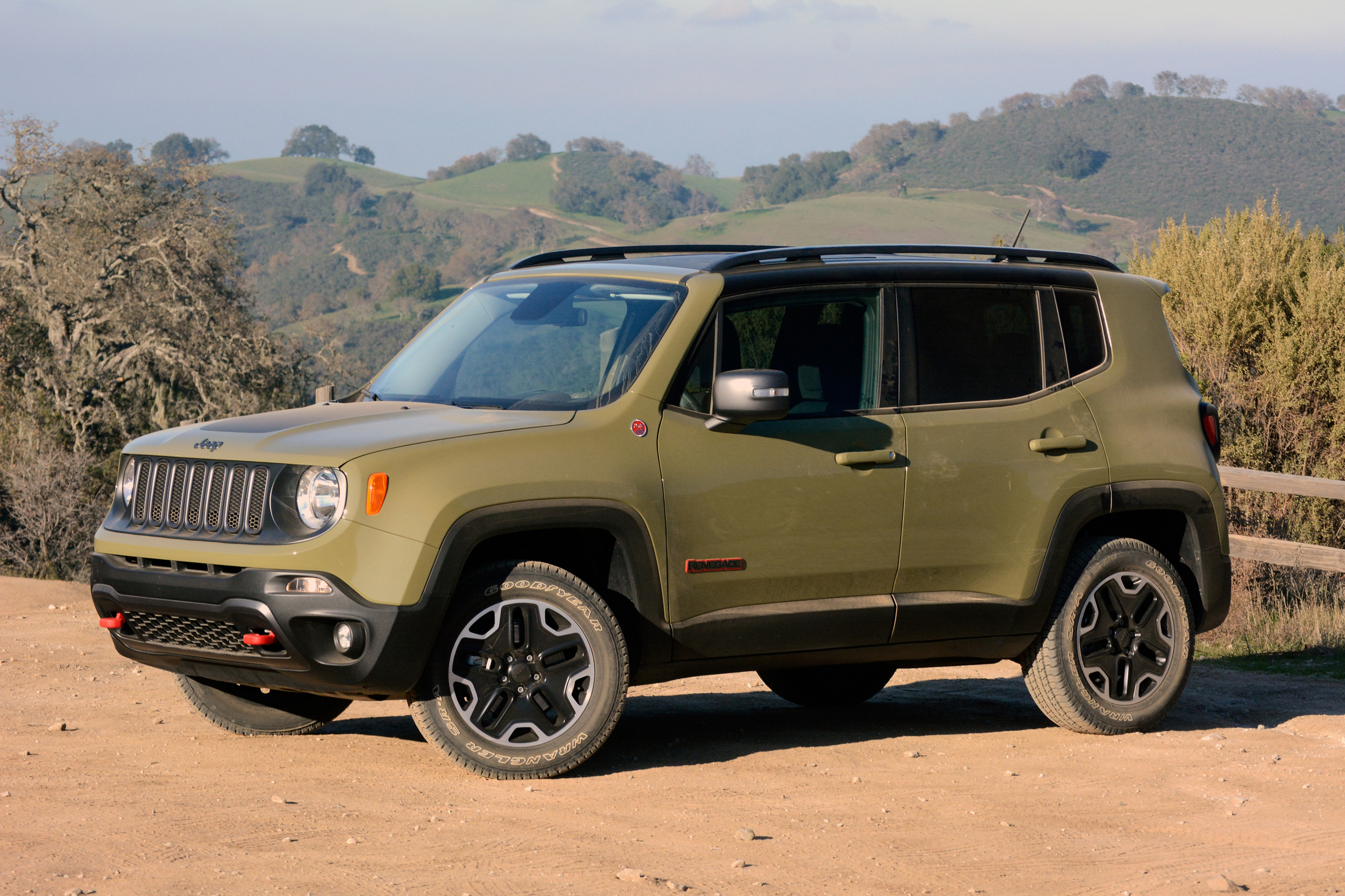 2015 Jeep Renegade Trailhawk Quick Spin Photo Gallery Autoblog