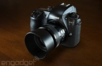 Samsung's NX1 camera looks like a DSLR, but does it perform like one?