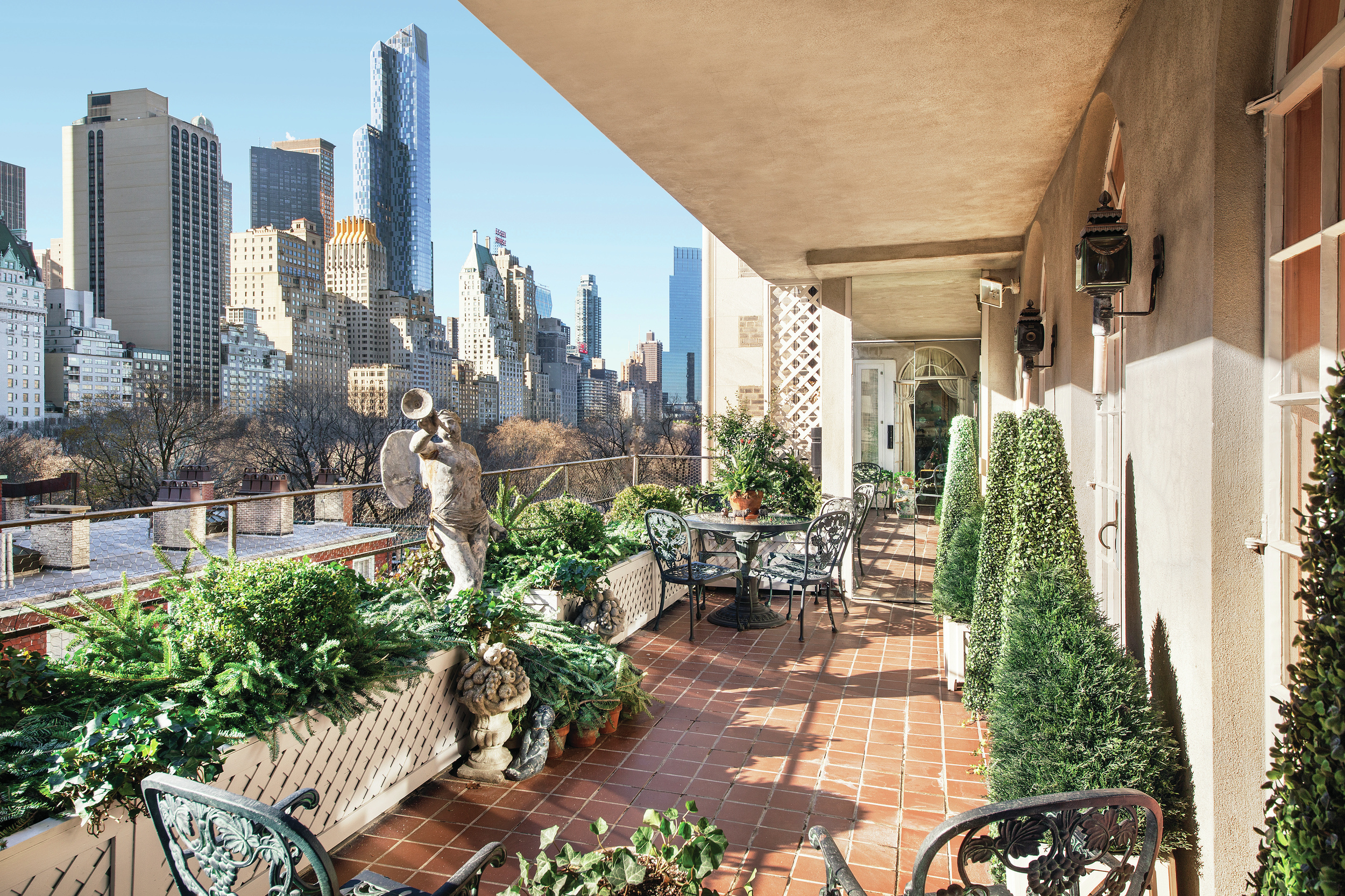 Joan rivers 39 fifth avenue 39 palace 39 sells for 28 million for The terrace group
