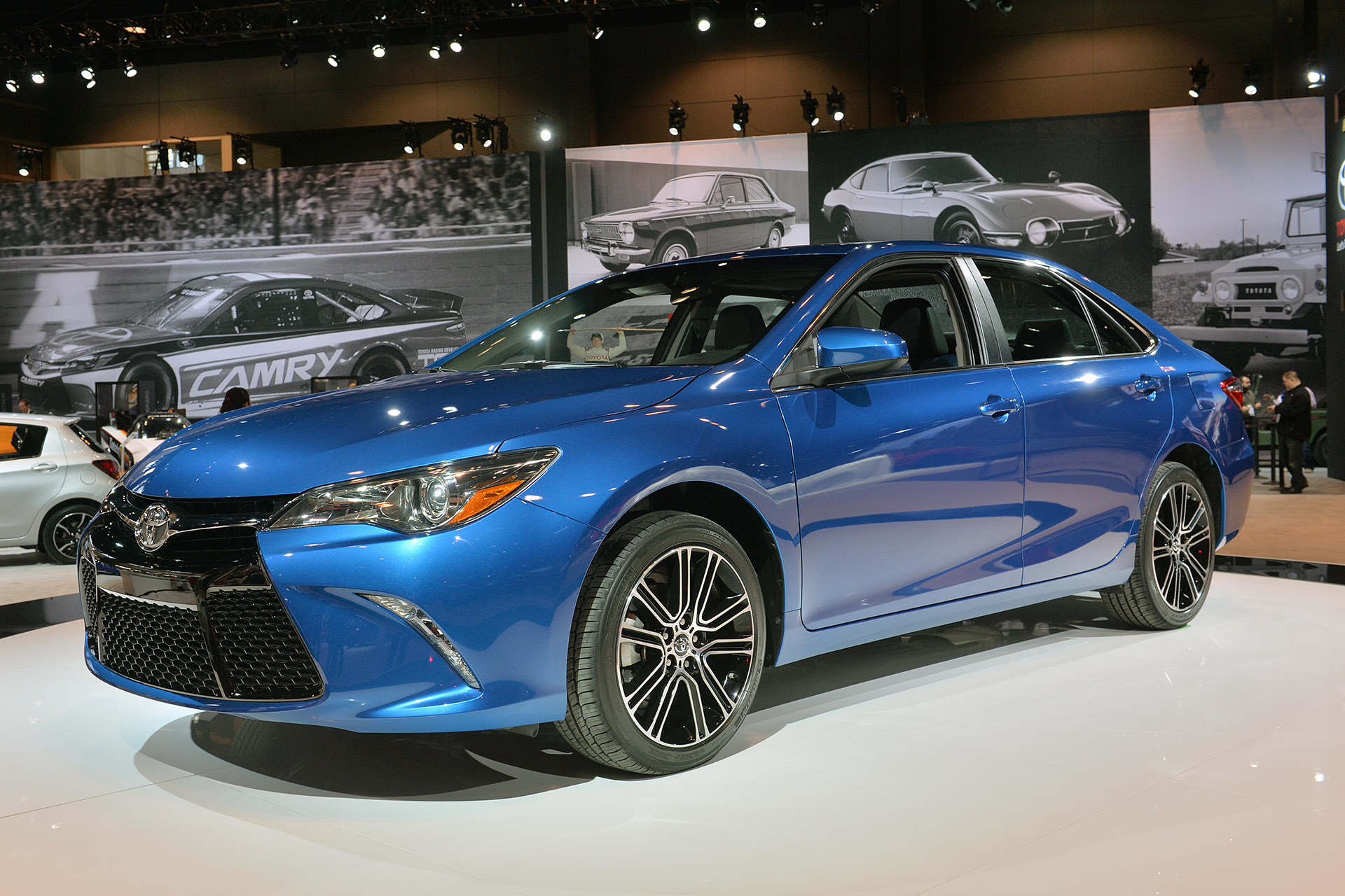 2016 toyota camry special edition chicago 2015 photo. Black Bedroom Furniture Sets. Home Design Ideas