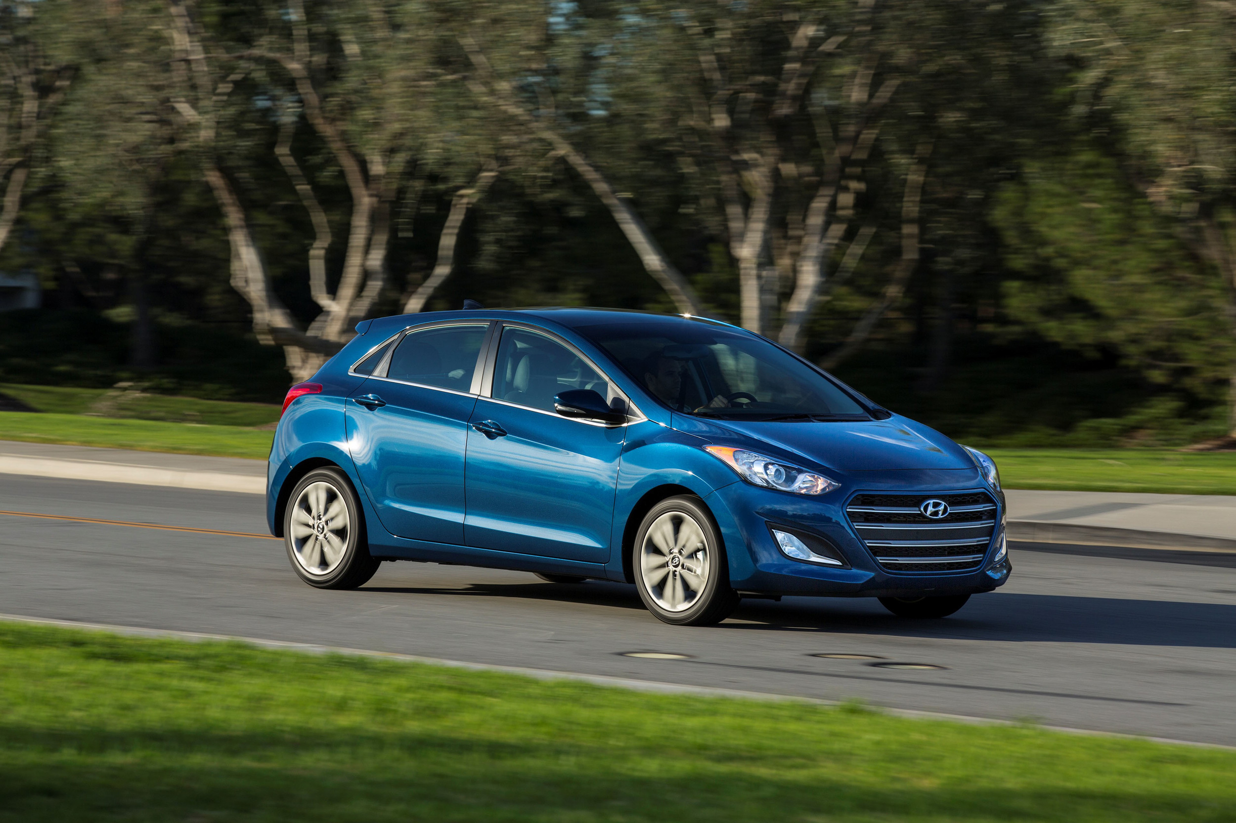 hyundai limited at sport out stand in elantra slip blog published september