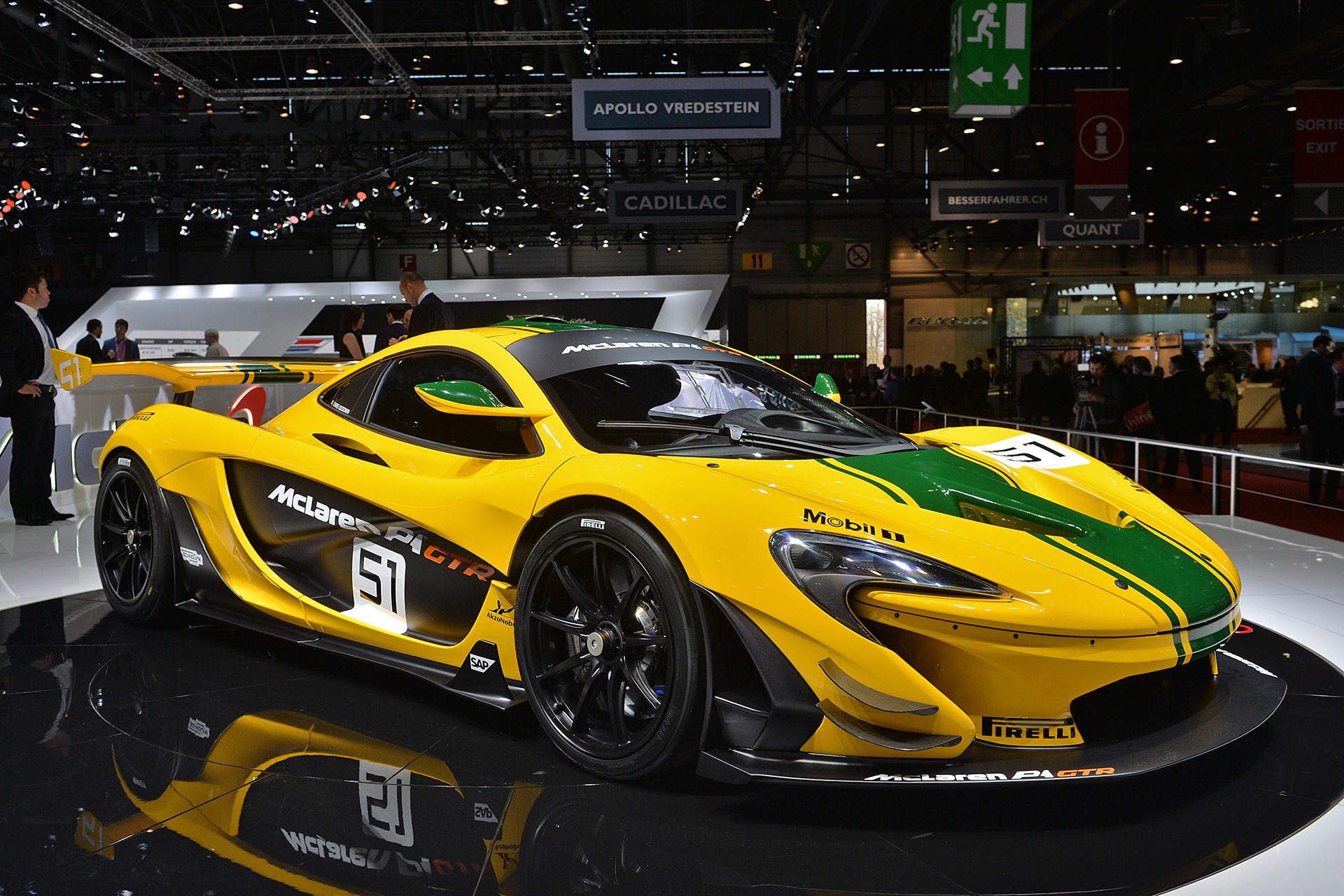 mclaren p1 gtr geneva 2015 photo gallery autoblog. Black Bedroom Furniture Sets. Home Design Ideas
