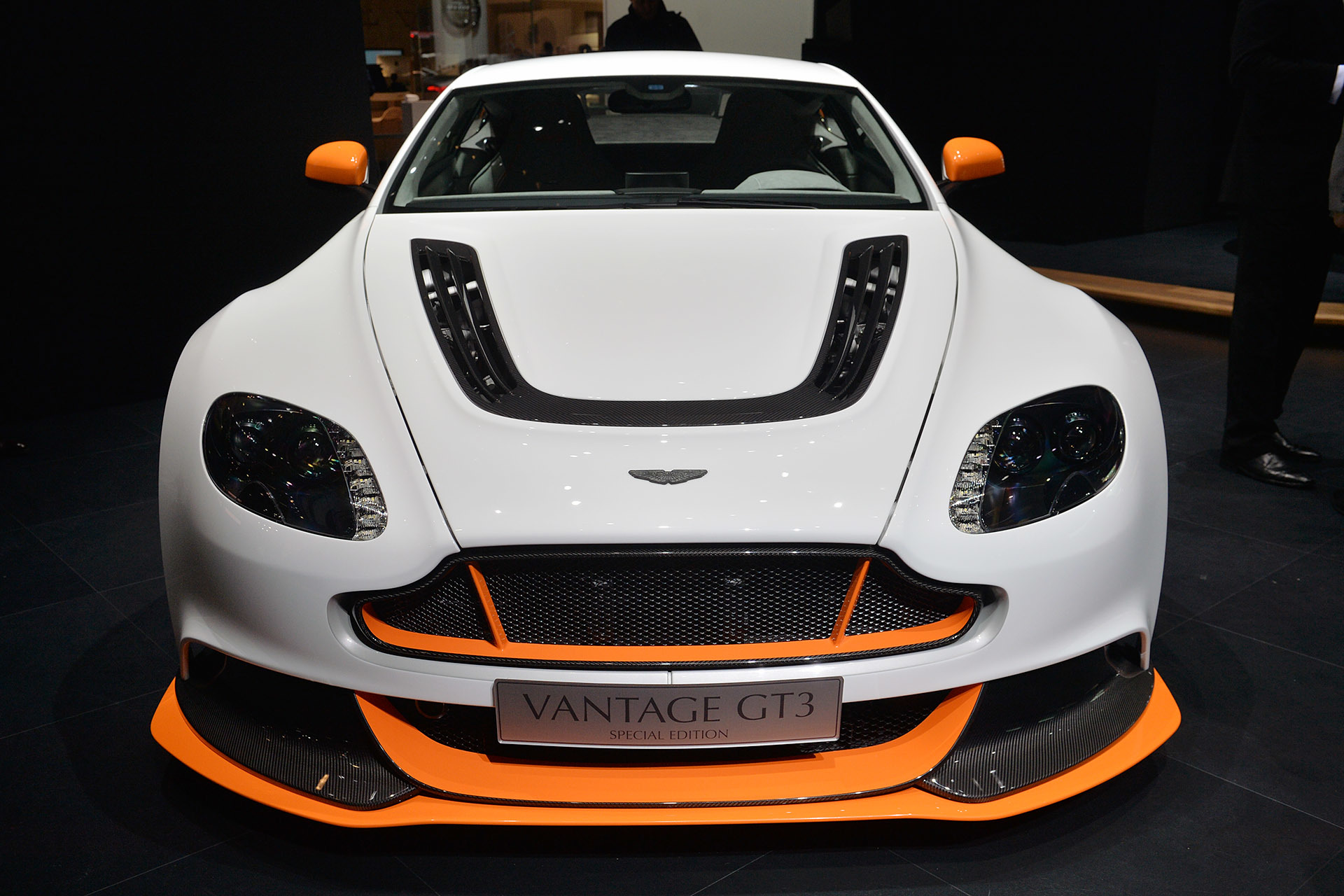 aston martin vantage gt3 special edition: geneva 2015 photo