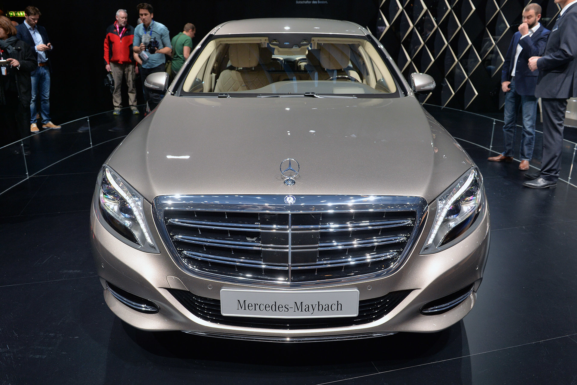 2016 mercedes maybach s600 pullman geneva 2015 photo gallery autoblog. Black Bedroom Furniture Sets. Home Design Ideas
