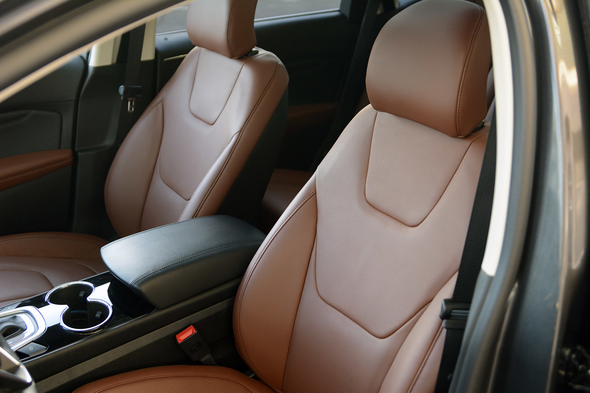 2015 ford edge first drive photo gallery autoblog. Black Bedroom Furniture Sets. Home Design Ideas