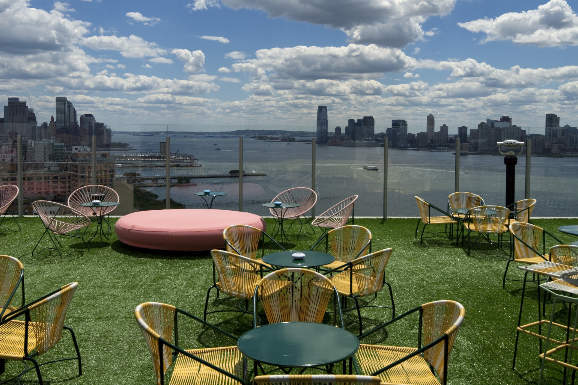 20 best rooftop bars in the world aol travel uk for Terrace new york