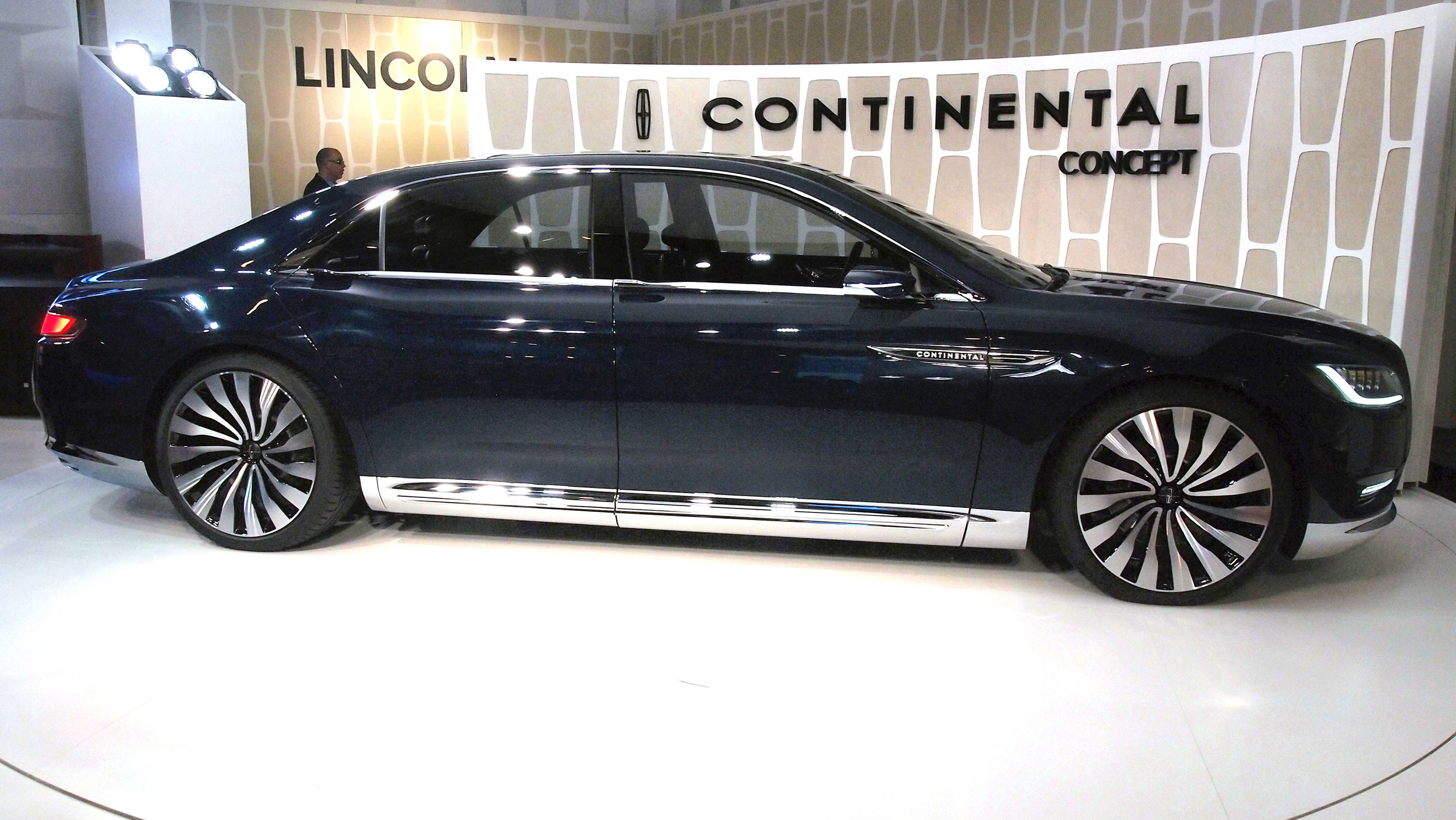 slide-0004-1 Fascinating Lincoln Continental Used In Hit and Run Cars Trend