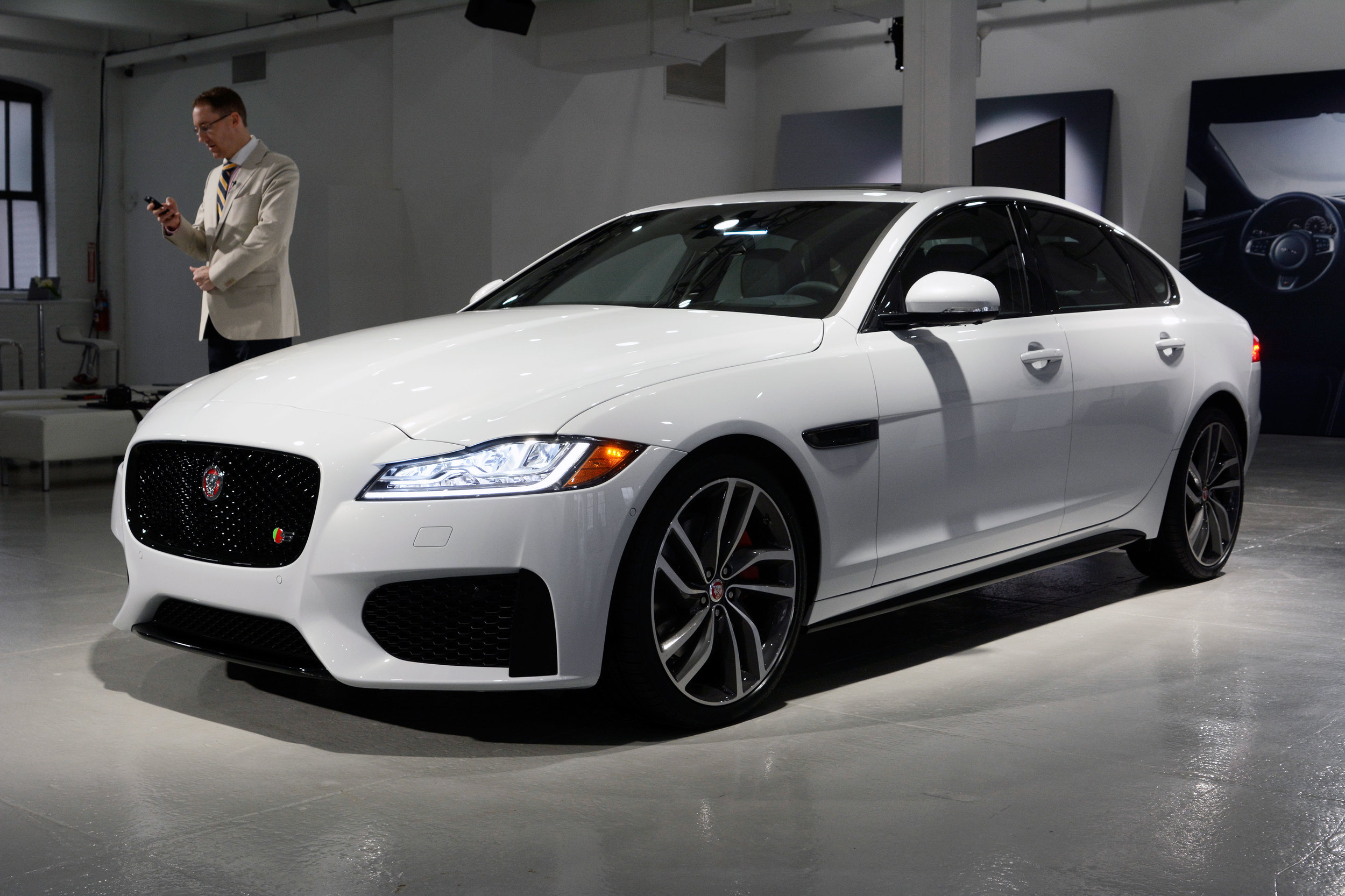 c is image suv f car ever jaguar land detroit auto pace show stunning insider rover first business s