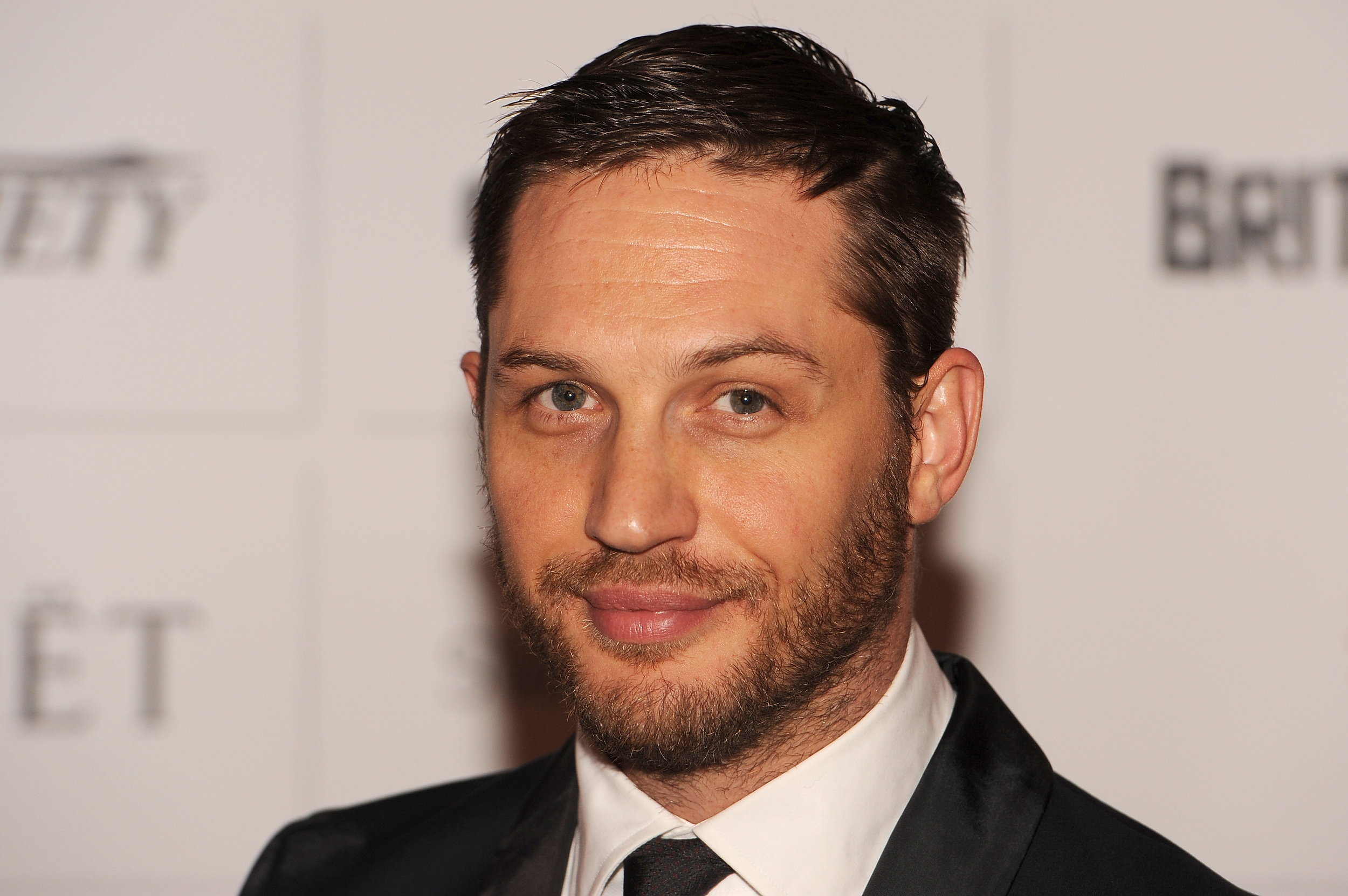 Tom Hardy earned a  million dollar salary - leaving the net worth at 5 million in 2018