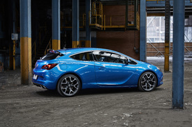 Holden Brings Opel Astra Vxr Gtc And Cascada To Australia