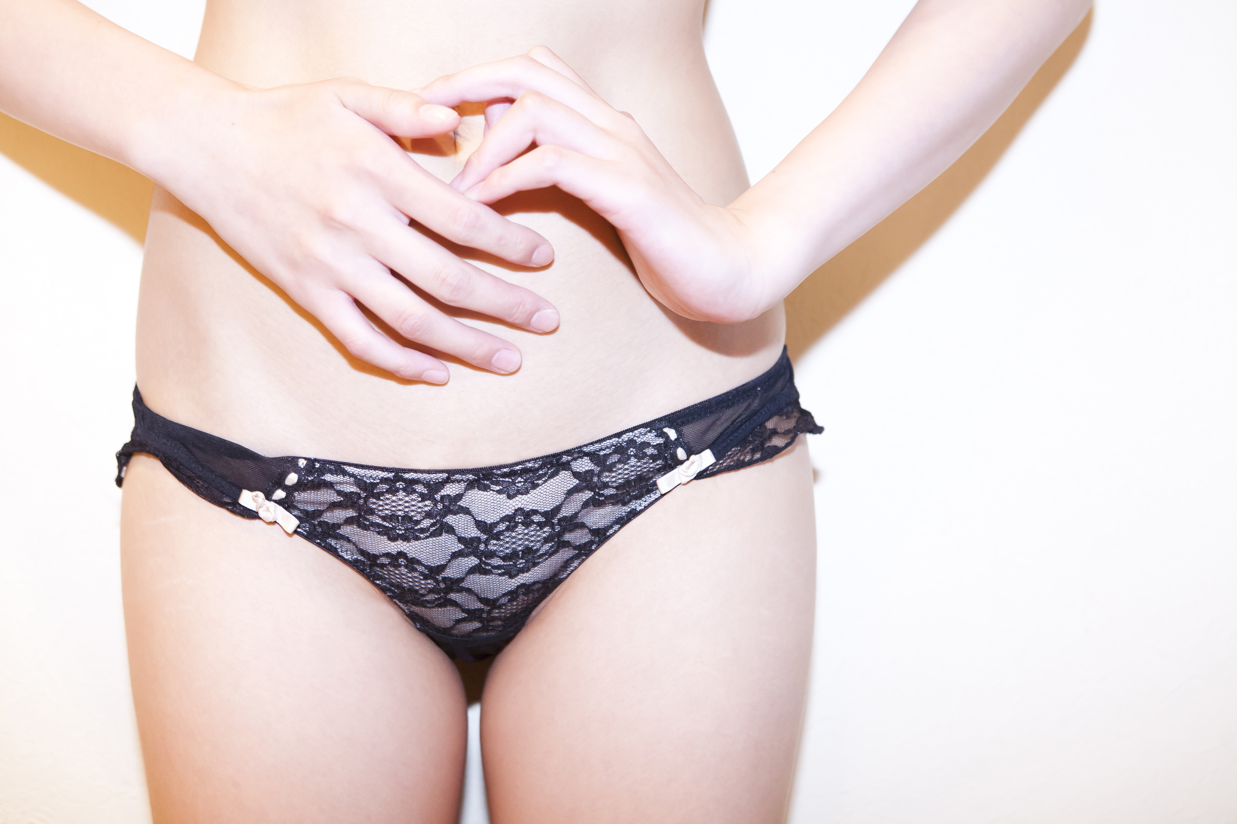 Slick Chicks Underwear Allow Women to Change Panties Without ...