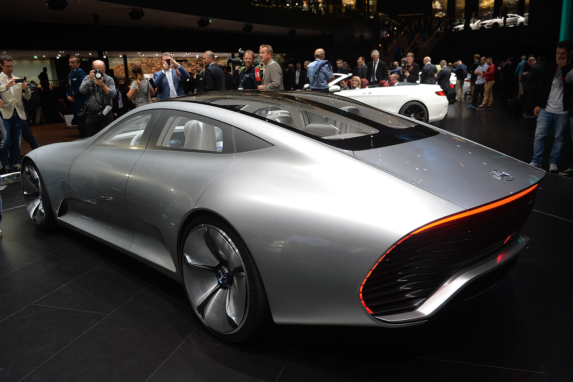 Mercedes benz concept iaa frankfurt 2015 0 for Mercedes benz frankfurt