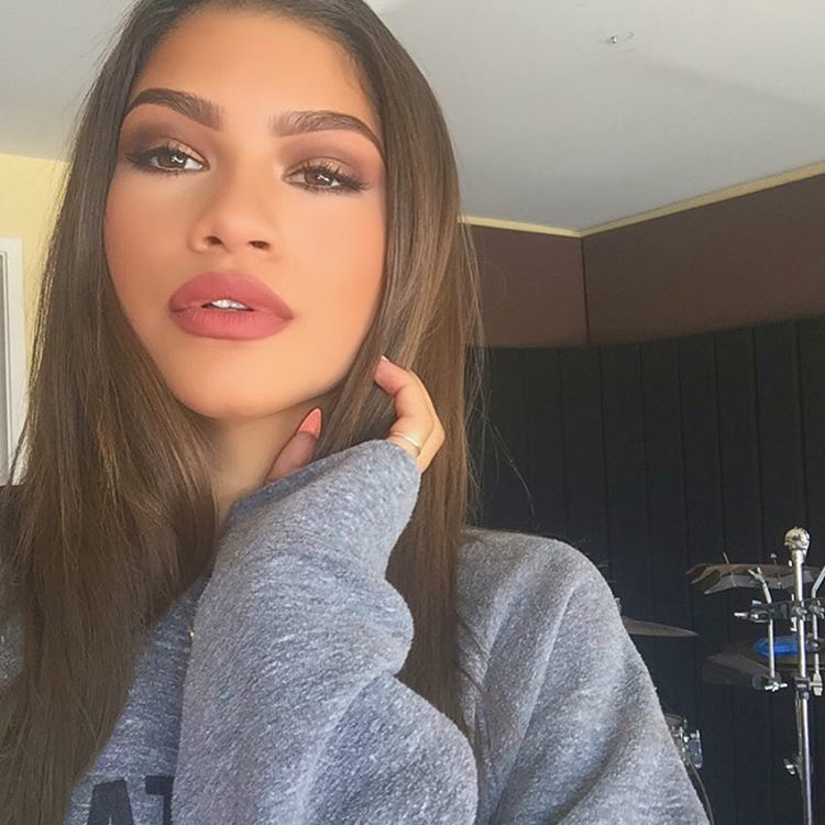 Zendaya Slams The Word Ugly In The Most Beautiful Way