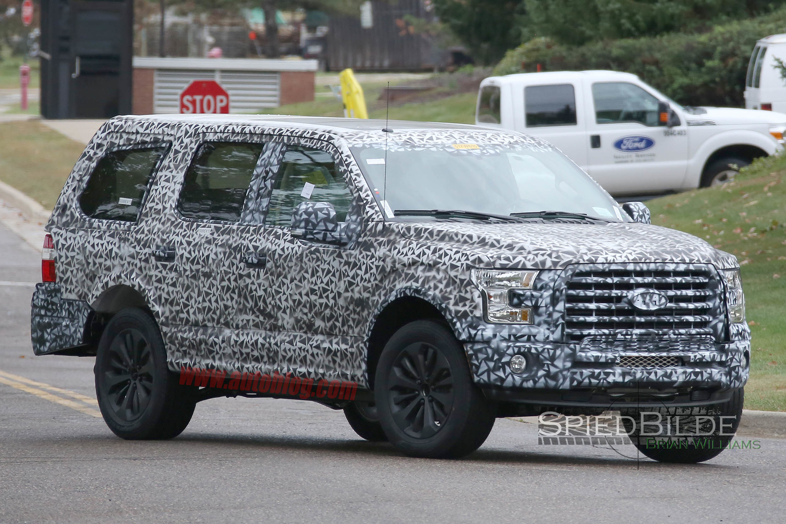 Thread aluminum bodied next gen ford expedition finally spied testing