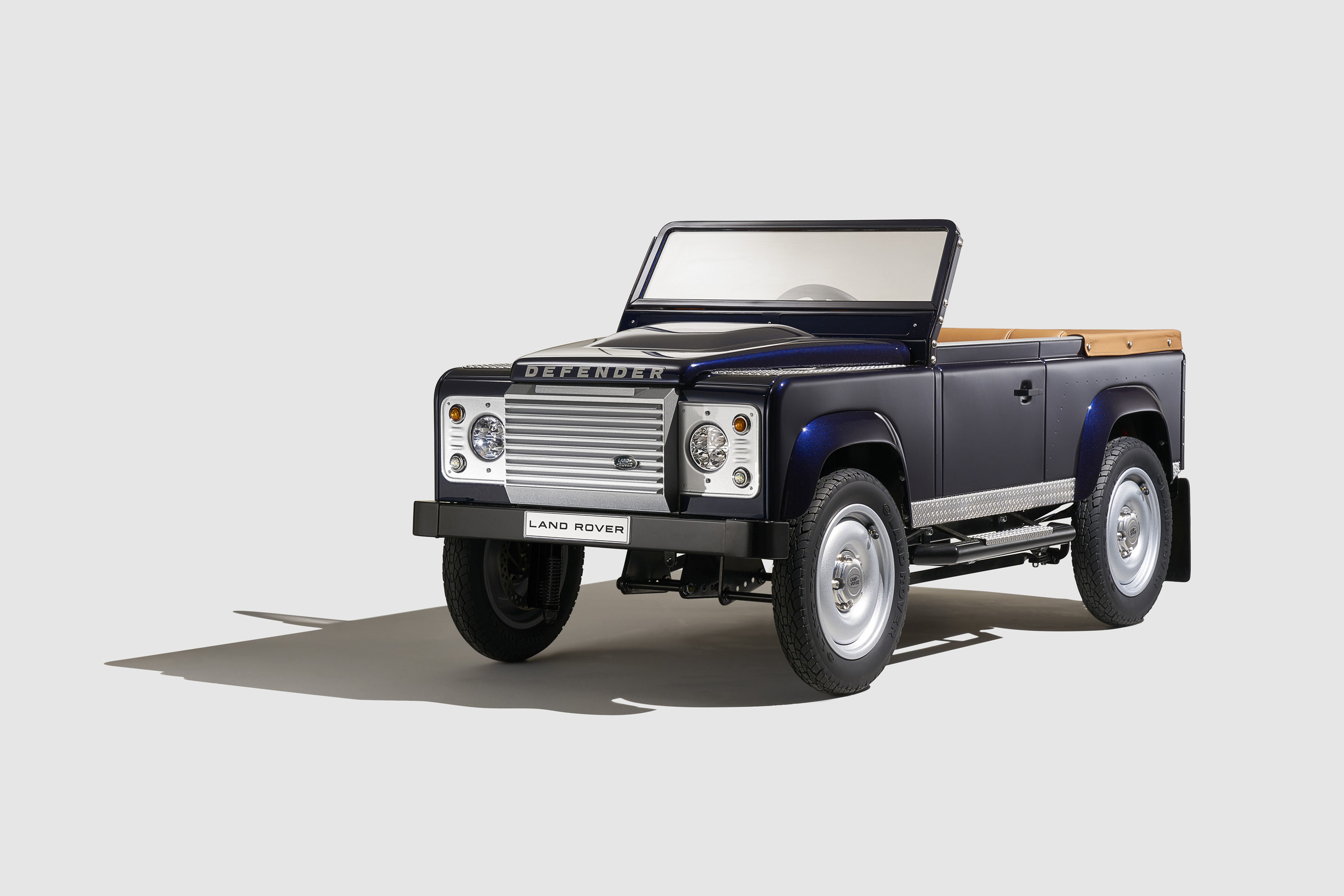 vehicles landrover used fusion land rover motors luxury lease defender