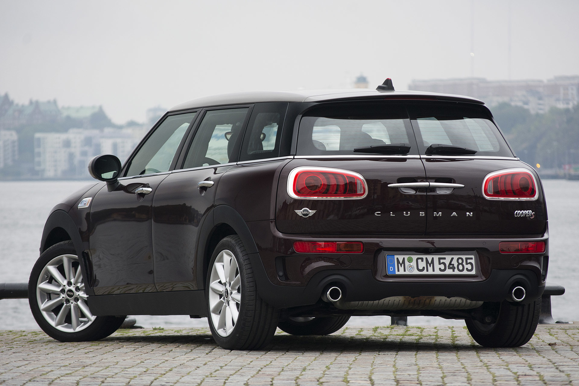 2016 mini cooper s clubman first drive 0. Black Bedroom Furniture Sets. Home Design Ideas