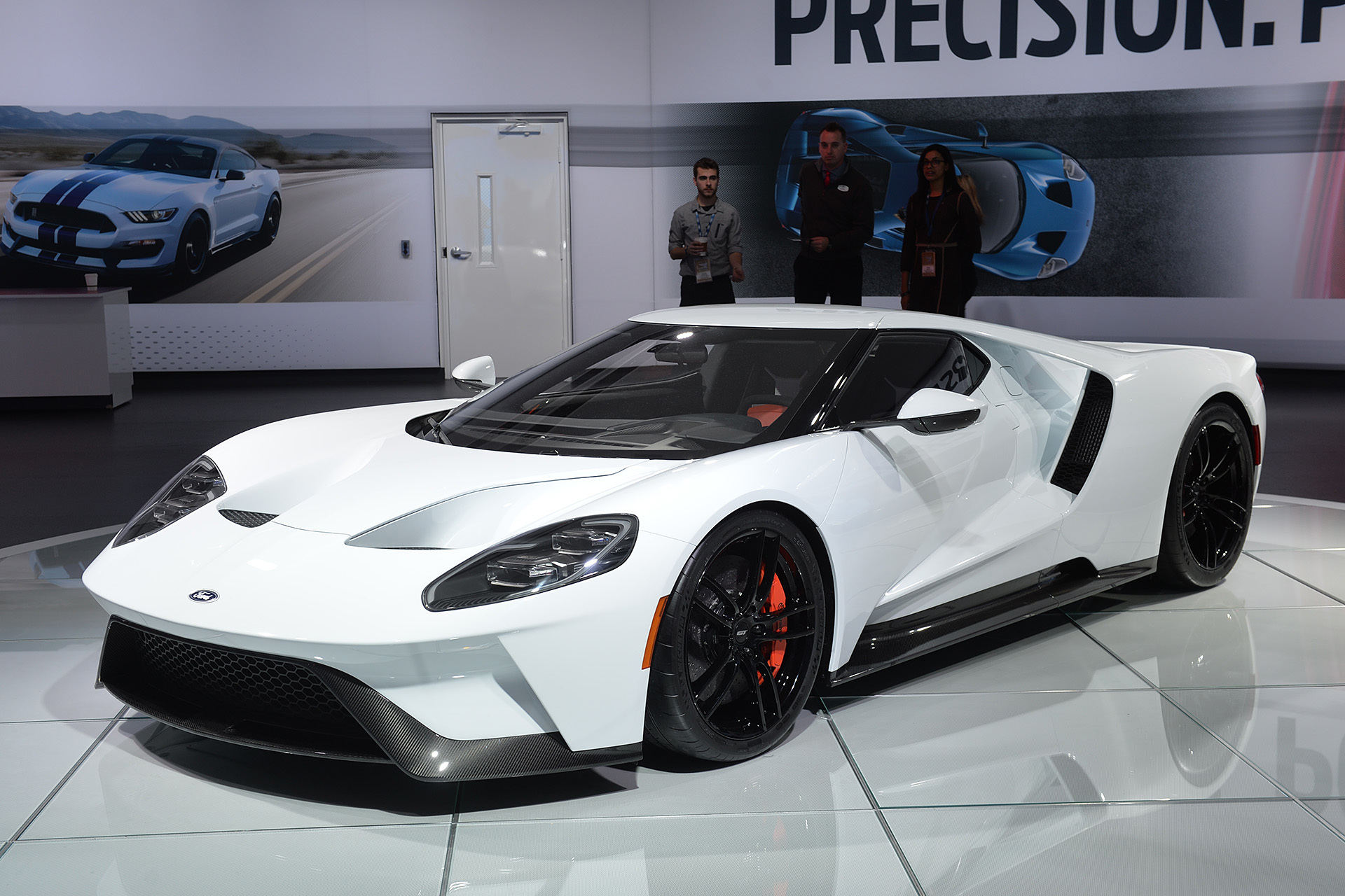 2017 Ford GT in white: Detroit 2016 Photo Gallery - Autoblog