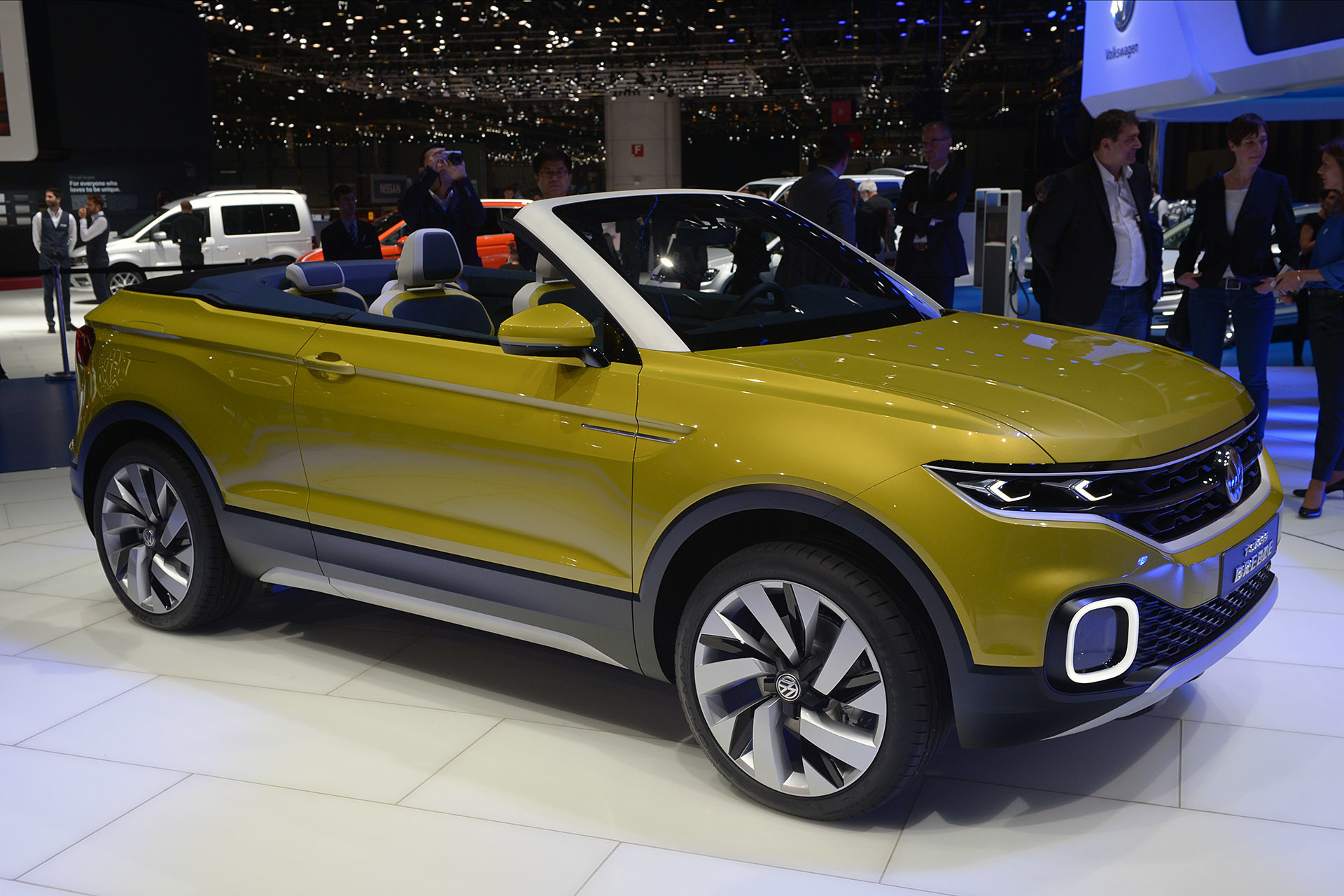 volkswagen t cross breeze concept geneva 2016 autoblog. Black Bedroom Furniture Sets. Home Design Ideas