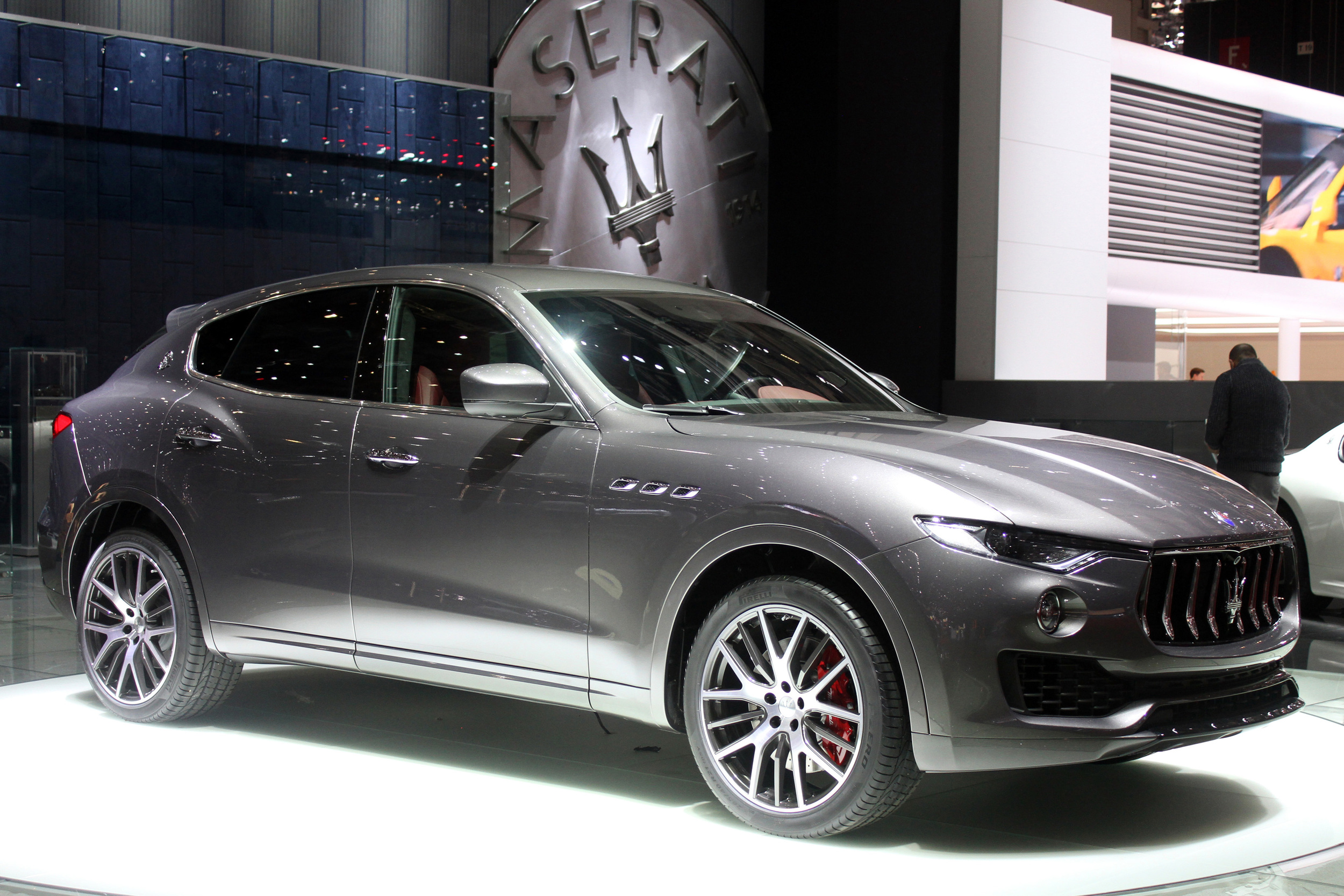 maserati levante 2016 dark cars wallpapers. Black Bedroom Furniture Sets. Home Design Ideas