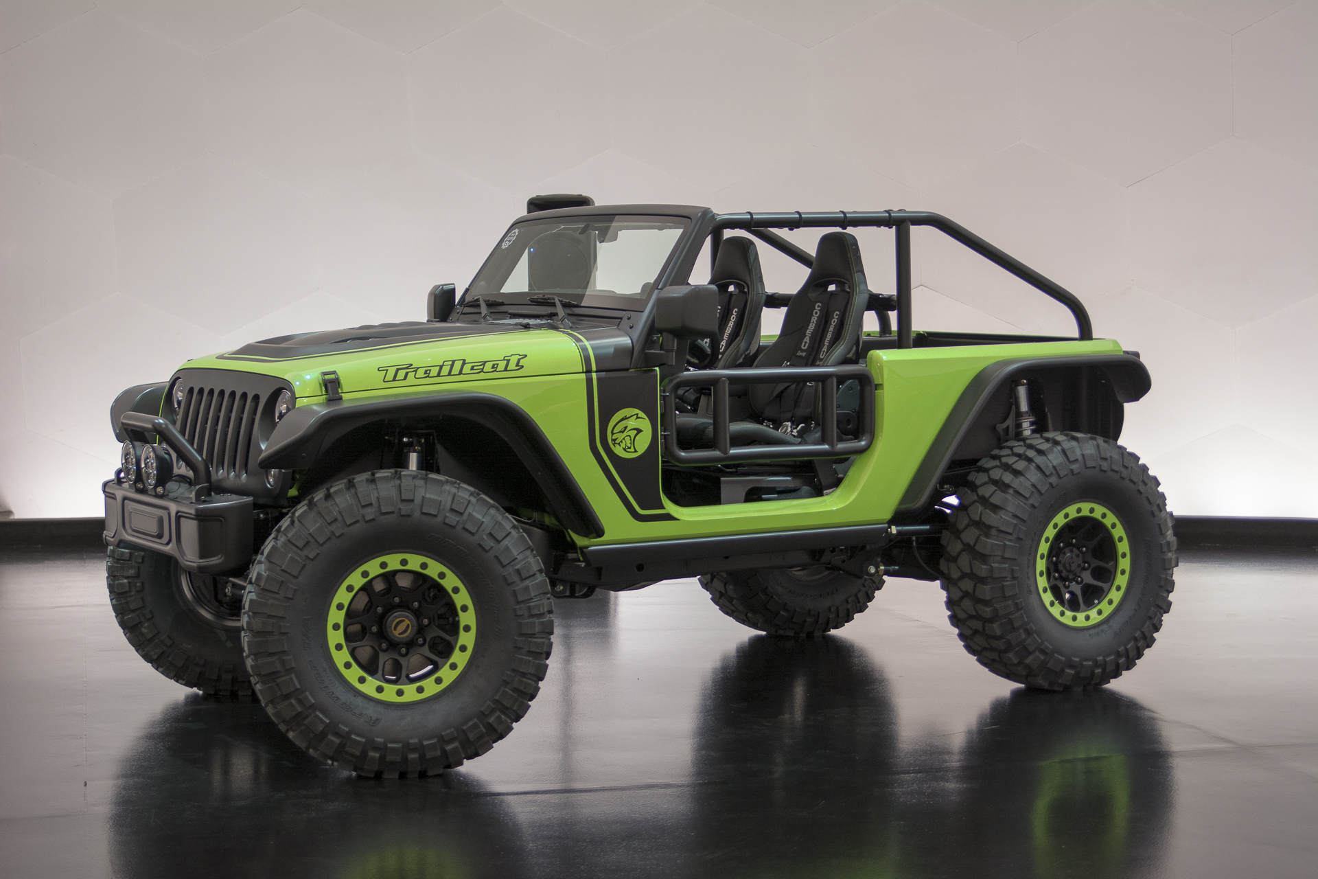Jeep Wrangler Trailcat Concept 2016 - Dark-Cars Wallpapers