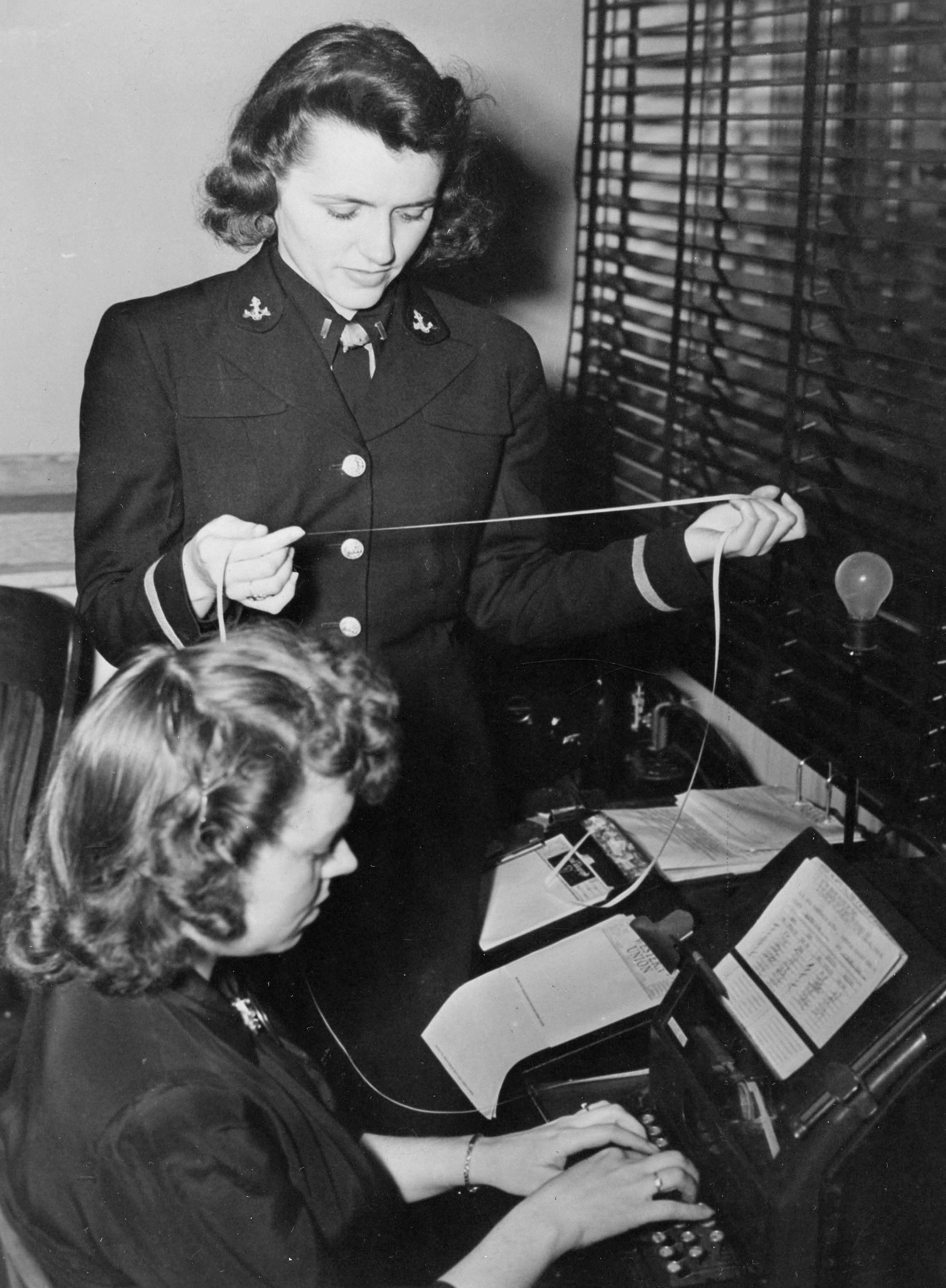 the role of women in world war ii efforts World war ii transformed the role of the world war ii and american women the need to mobilize the entire population behind the war effort was so.